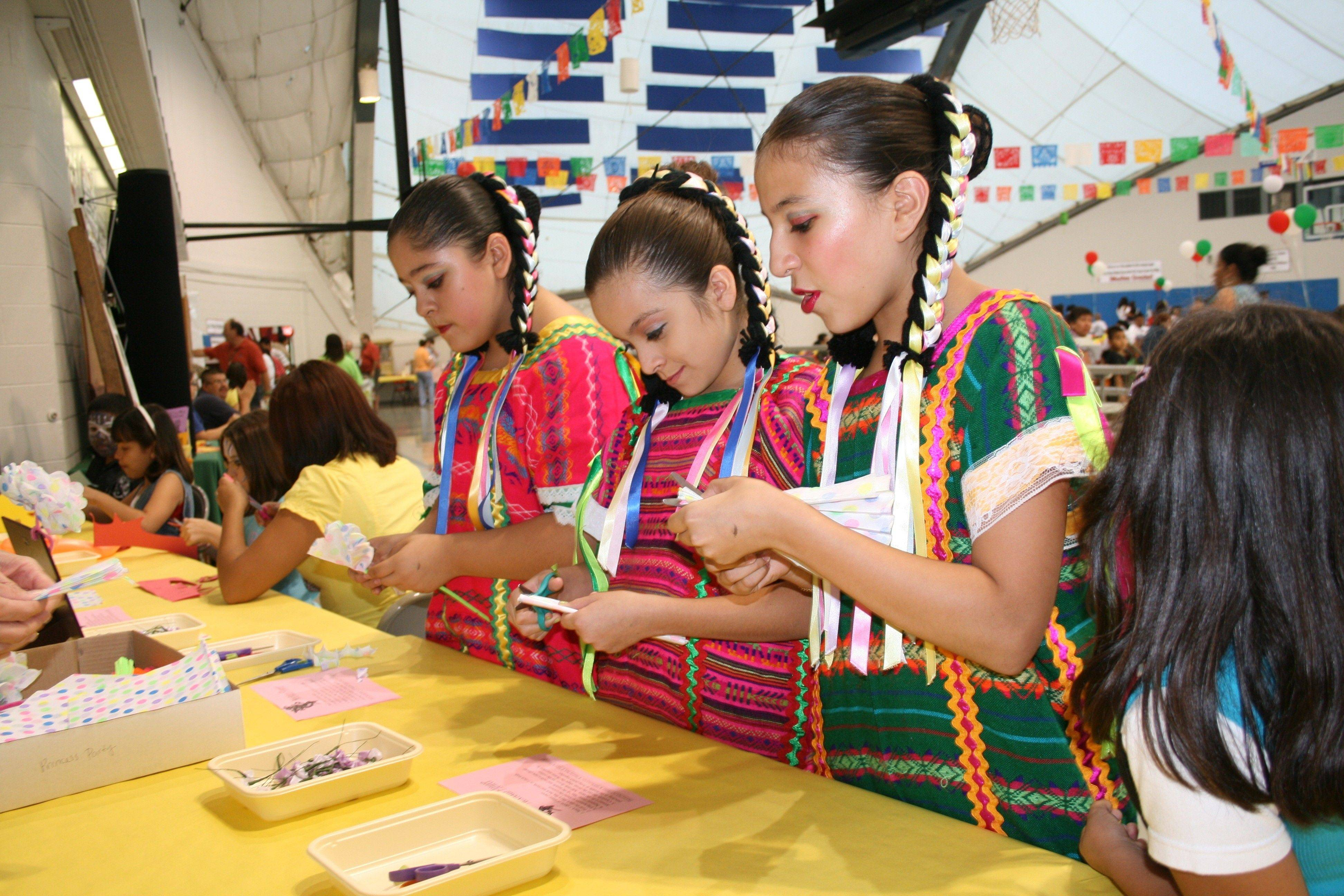 The folkloric dancers of Mission San Juan Diego enjoy making crafts after their performance at the sixth annual Mexican Independence Day Celebration in Hanover Park. Bring the family to celebrate the eighth annual Mexican Independence Day Celebration from 6-10 p.m. Friday, Sept. 16, at the Community Center Gym, in Hanover Park.