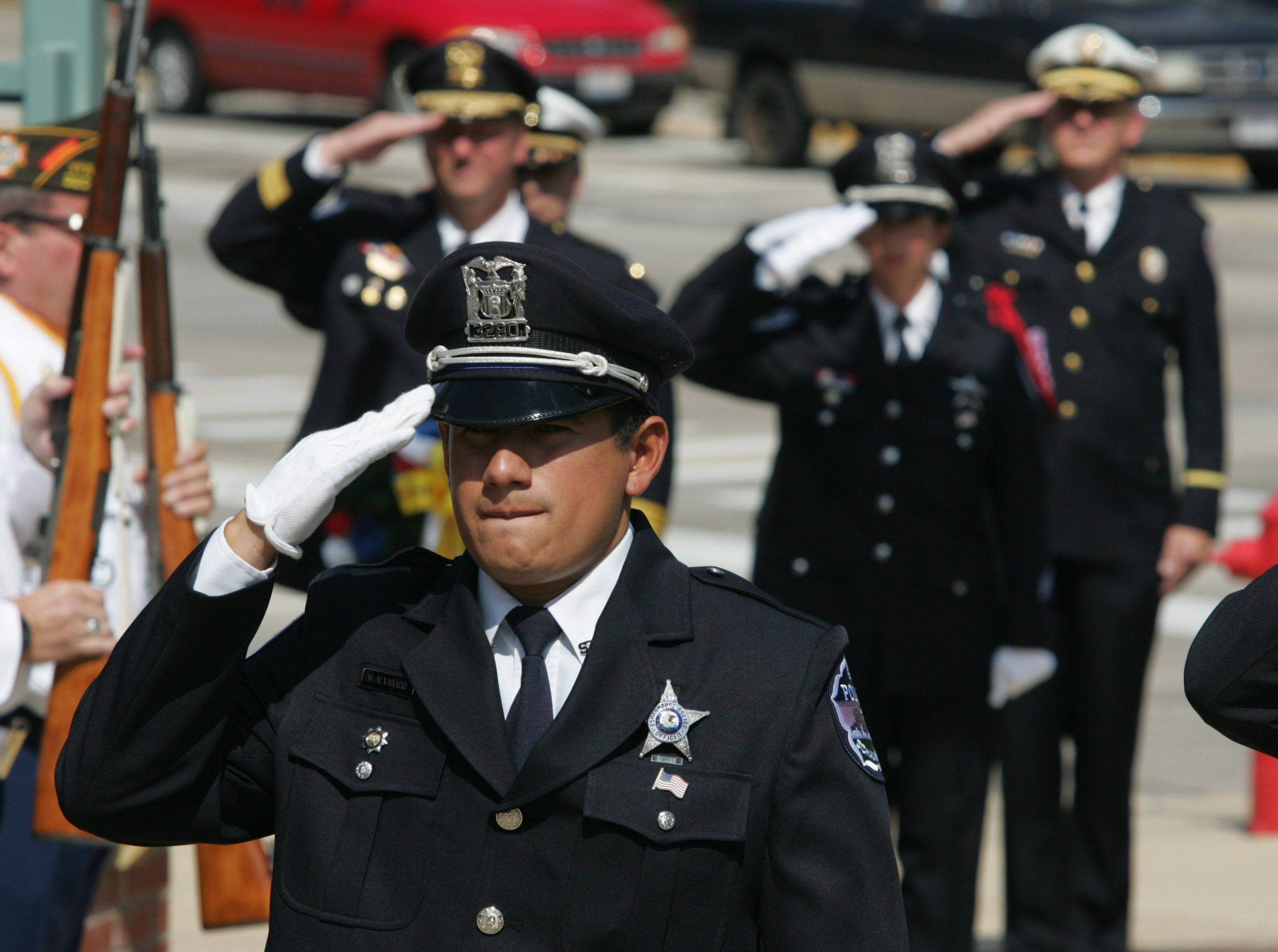 Northwest suburbs mourn, reflect and remember