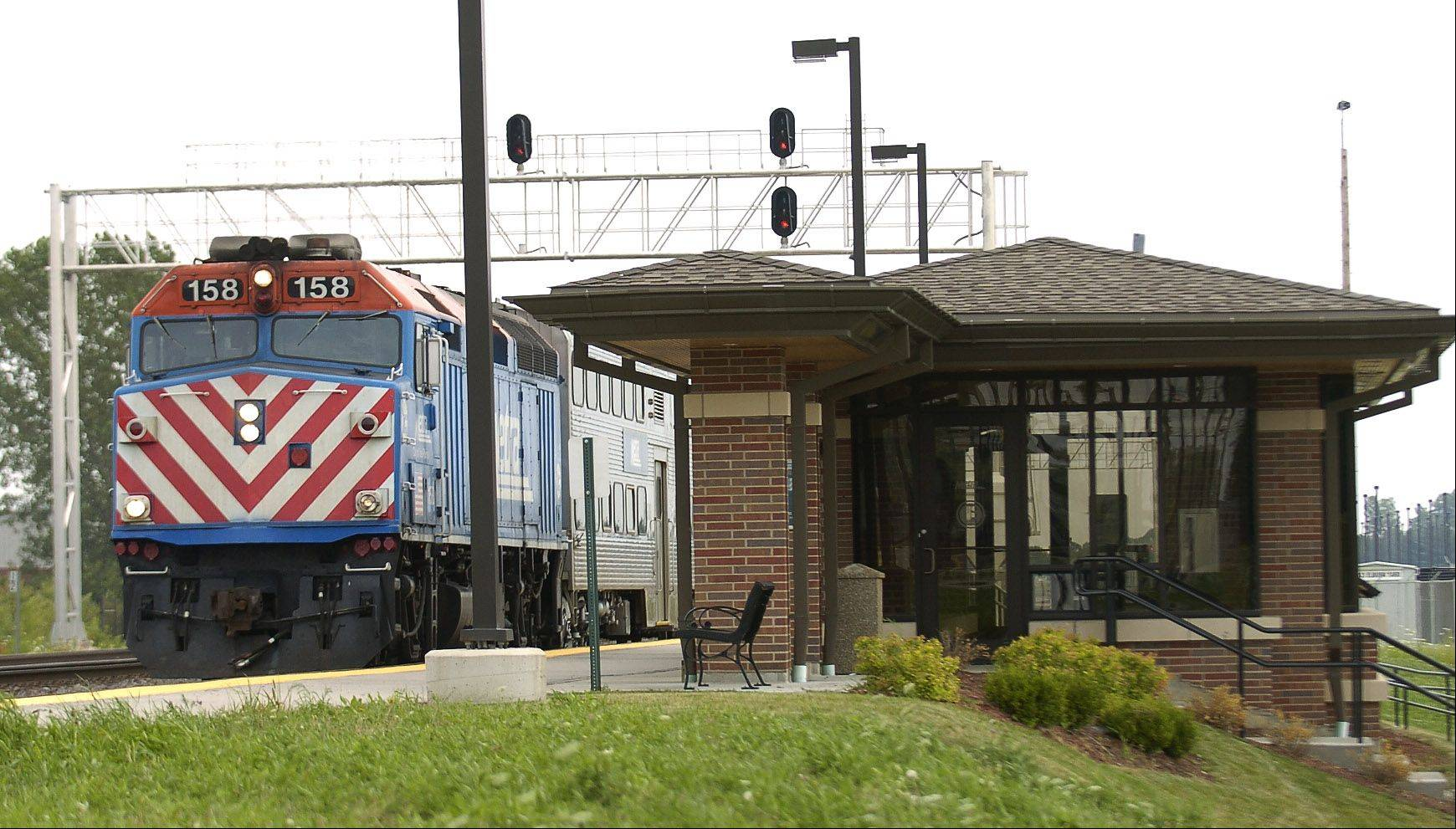 The Metra train station is on Railroad Avenue, accessible via Keslinger Road east of Main Street.