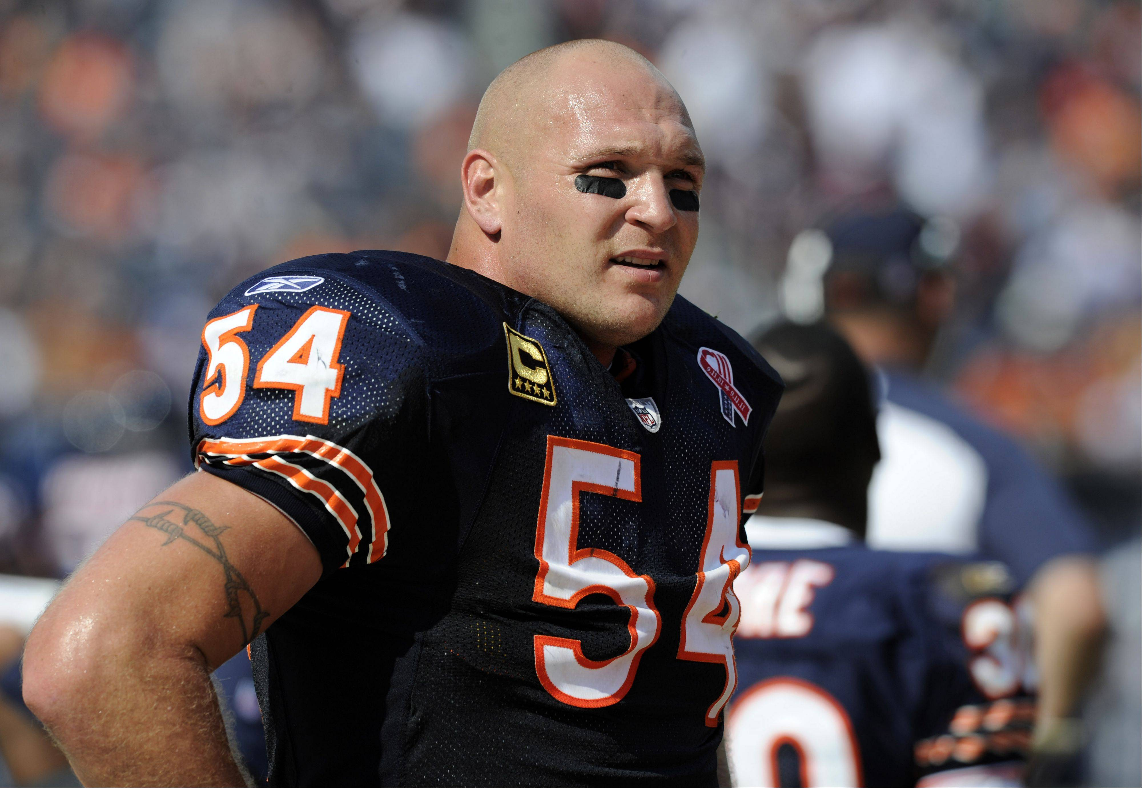 "Bears linebacker Brian Urlacher, named NFC defensive player of the week for his play against Atlanta, has left the team to deal with the unexpected death of his mother at her home in Texas. Teammate Jay Cutler said that when Urlacher gets back to Chicago, ""we'll be here for him."""