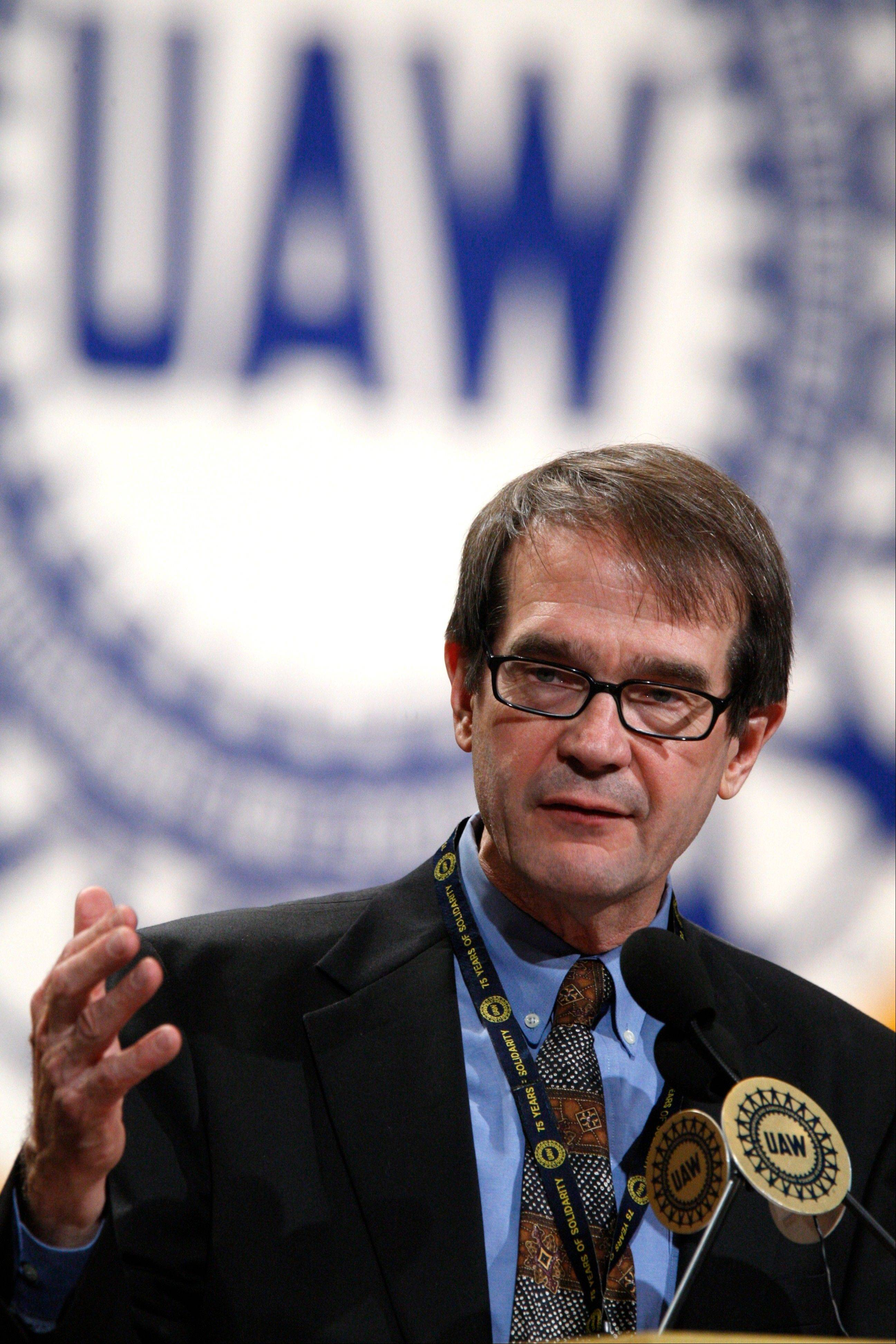 United Auto Workers President Bob King addresses the auto worker�s convention in Detroit.