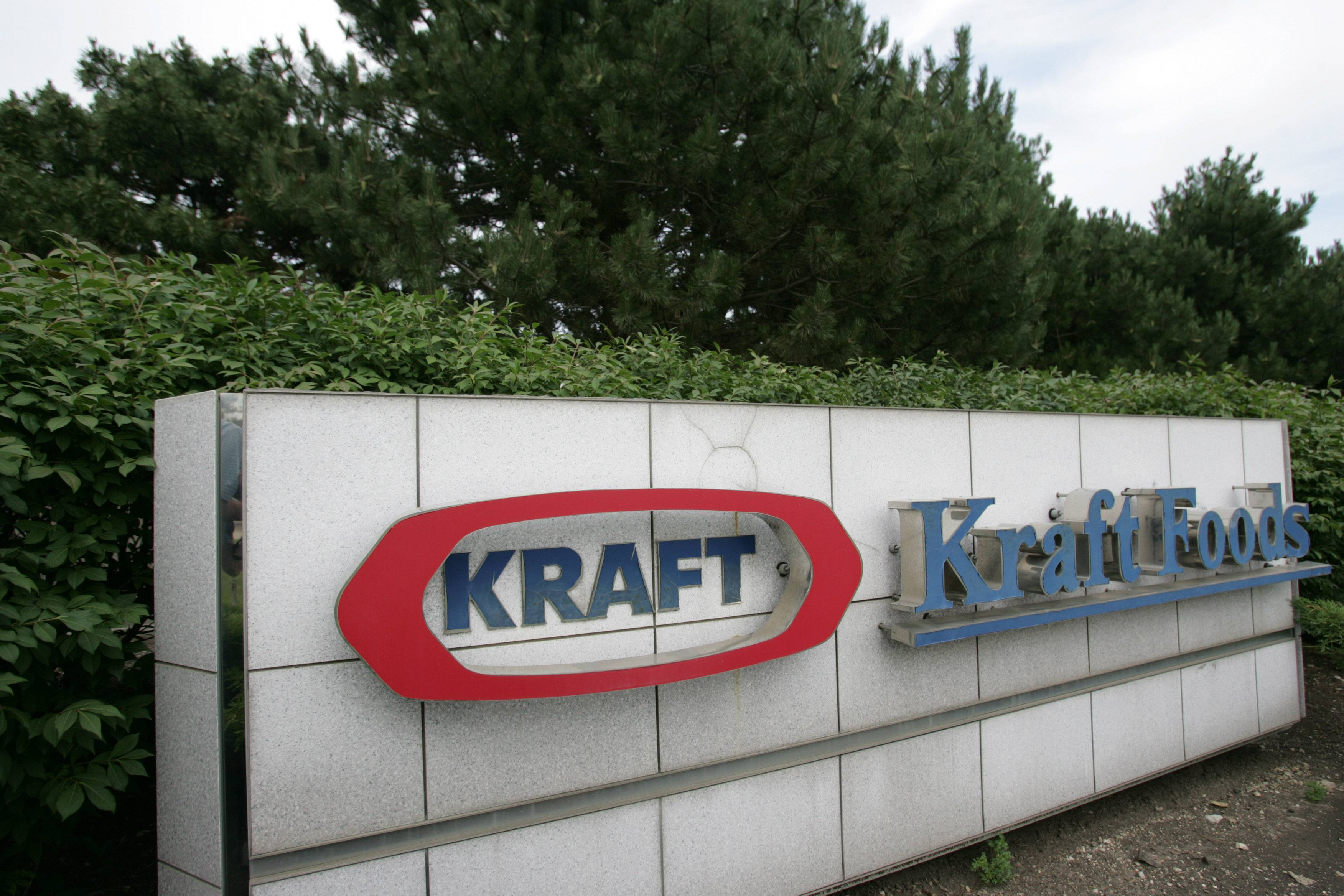 "Working Mother has named Northfield-based Kraft Foods to its list of the ""100 Best Companies for Working Mothers"" for the sixth consecutive year. Abbott Labs in Libertyville Township, also made the list."