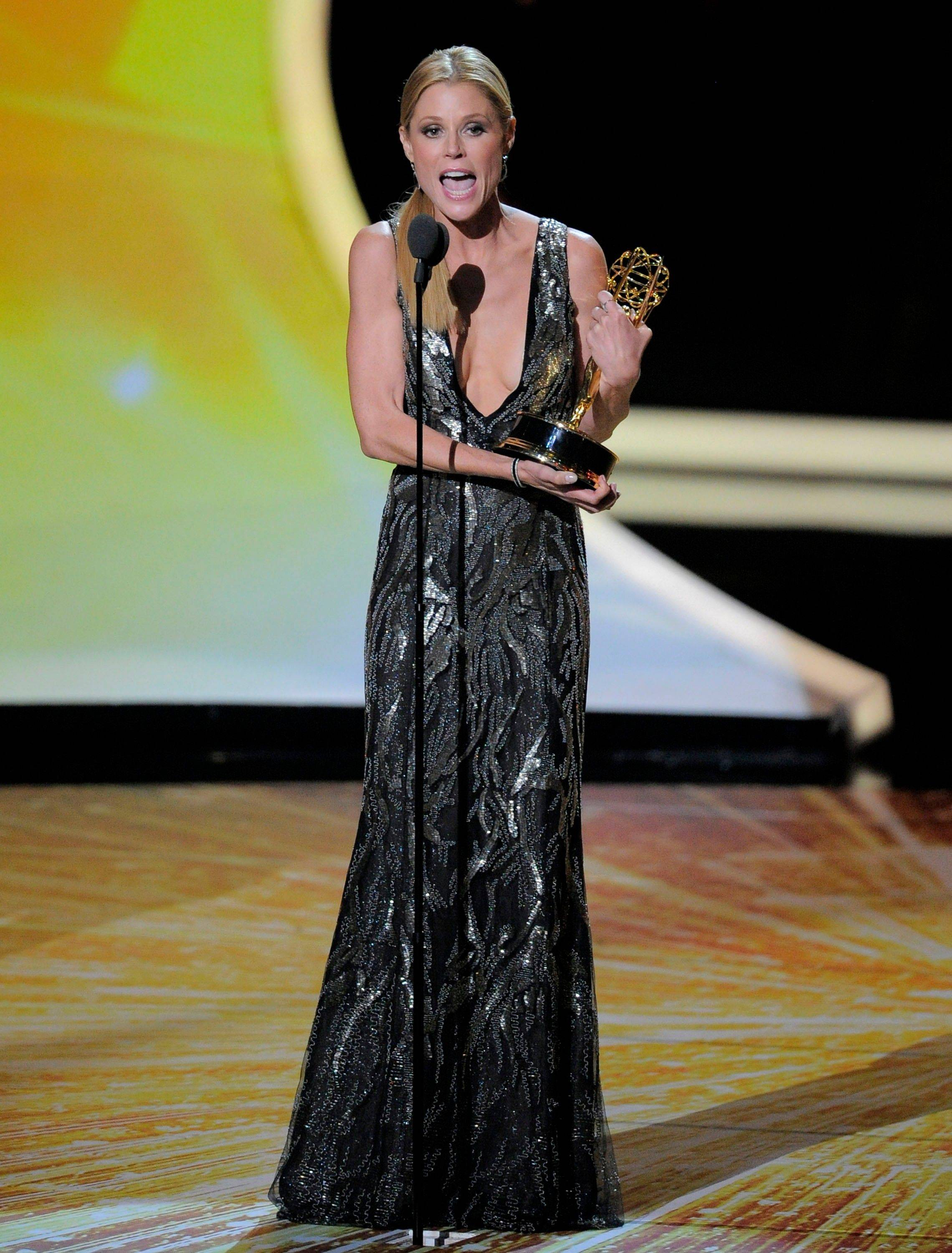 """Modern Family"" kicked off a big win as Julie Bowen accepts the award for outstanding supporting actress in a comedy series. ""Oh, my God, I don't know what I'm going to talk about in therapy next week,"" said a shocked-looking Bowen. ""I won something."""