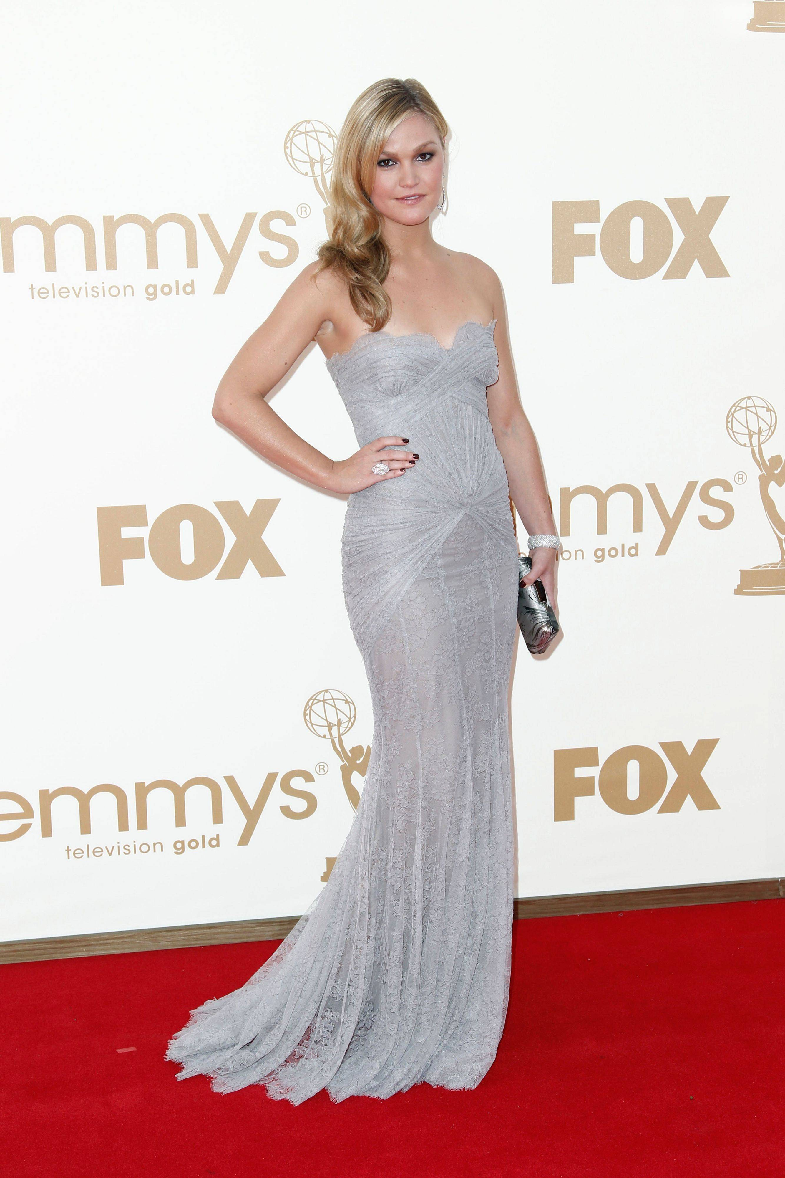 Film and TV star Julia Stiles goest for a subtle, yet glamourous style in her Emmy gown.