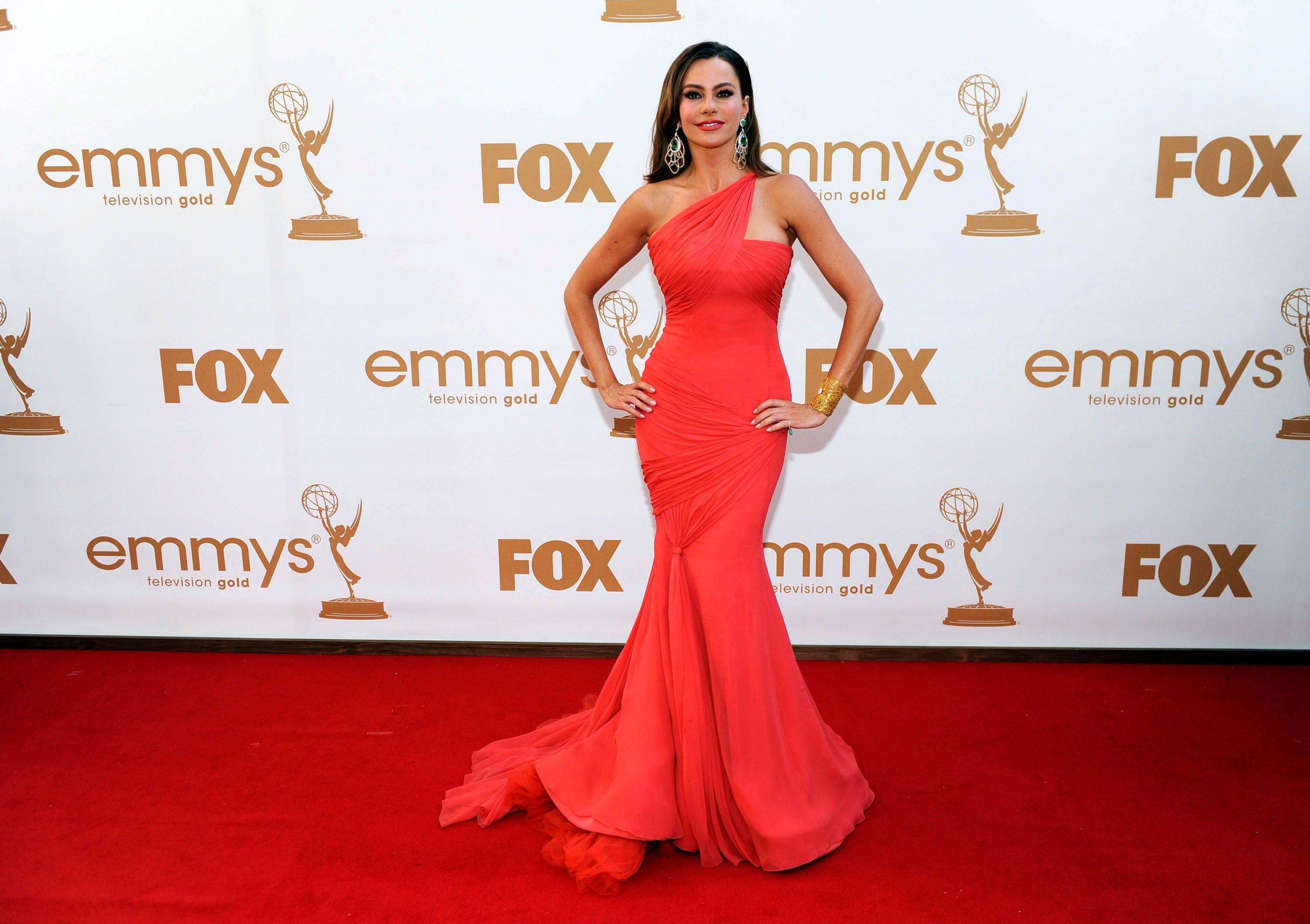 """Modern Family"" actress Sofia Vergara joins the list of lovely ladies in red."