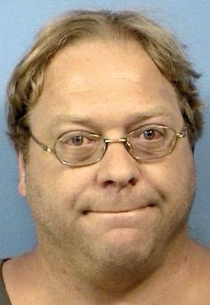 Man pleads innocent to thefts from Lisle library