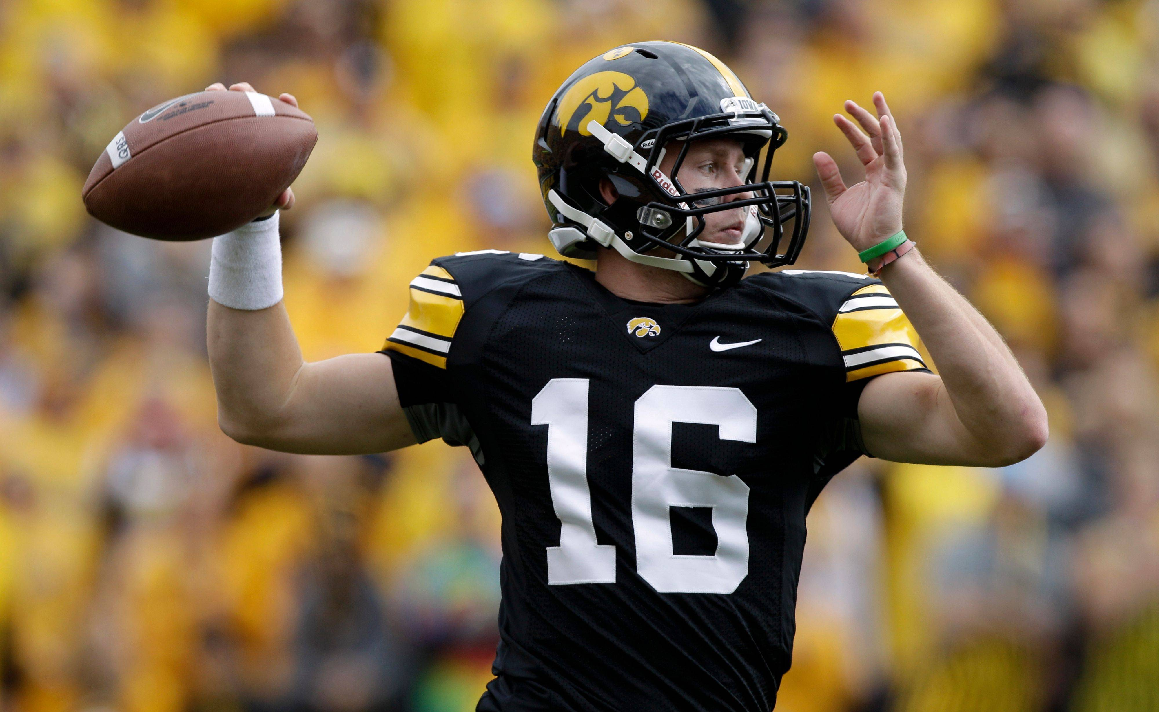 Iowa quarterback James Vandenberg threw for 399 yards in the Hawkeyes 31-27 win.