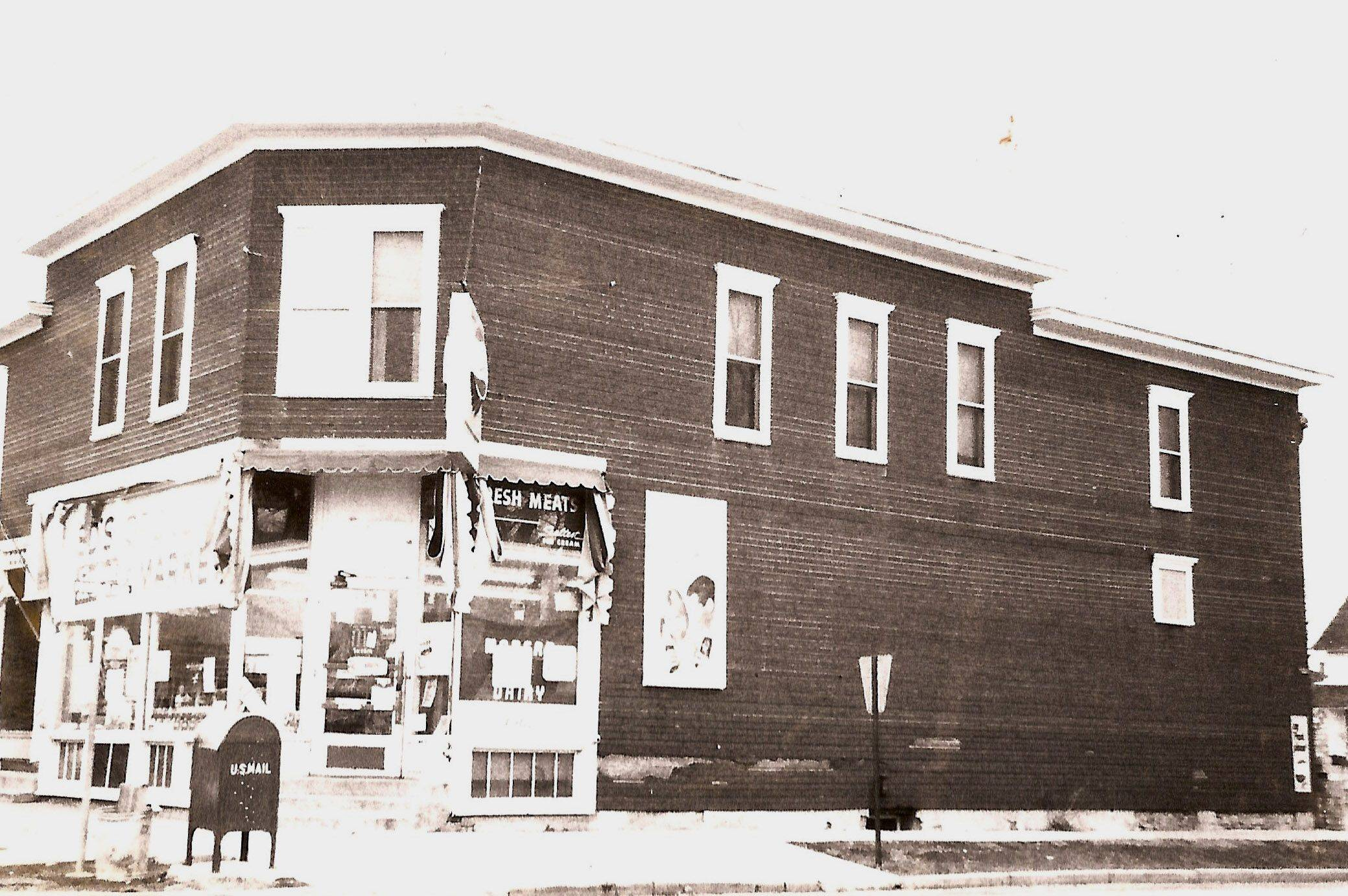 "Roland ""Joe"" Josephson and Ed Gould opened this grocery store at the northeast corner of Hill and Franklin on Elgin's east side in 1950. The building was razed for the construction of a new Sheridan School in the 1970s."