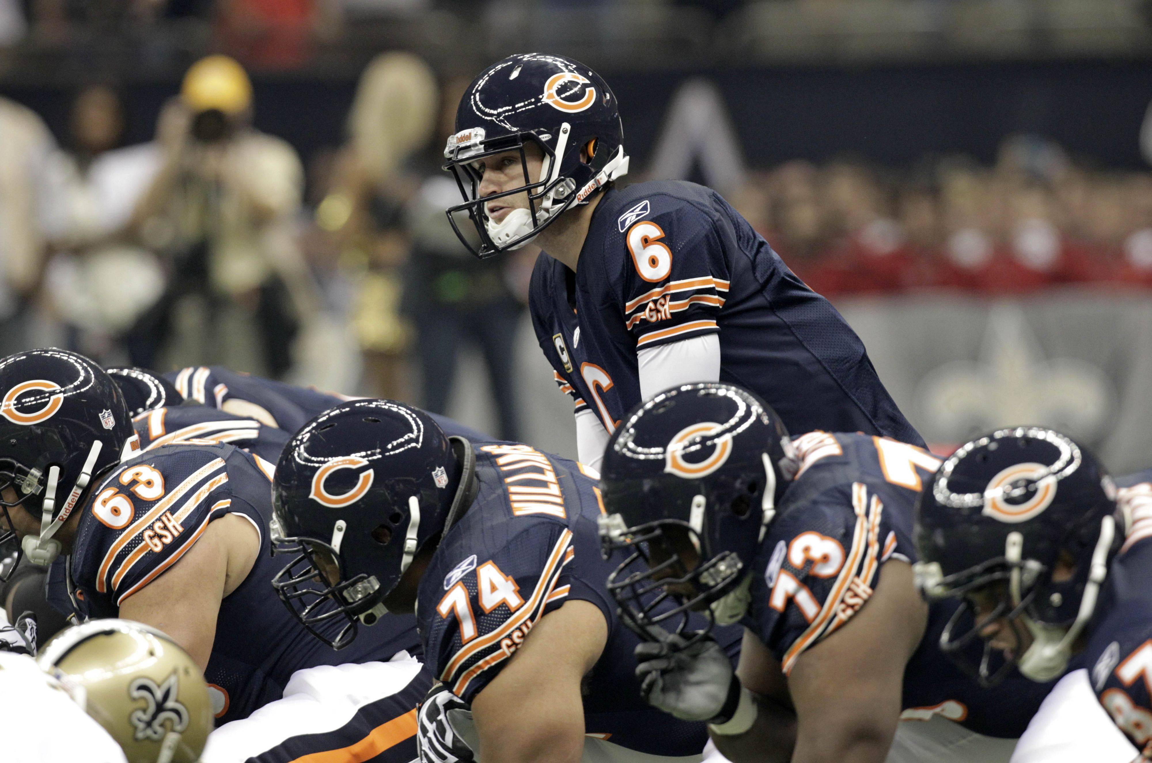"Bears quarterback Jay Cutler and his wide receivers need to do a better job of executing ""hot"" reads when the defense blitzes. Poor pass protection wasn't the only problem Sunday against New Orleans as Bears wide receivers failed to break free from single-coverage matchups and Cutler failed to get them the ball."