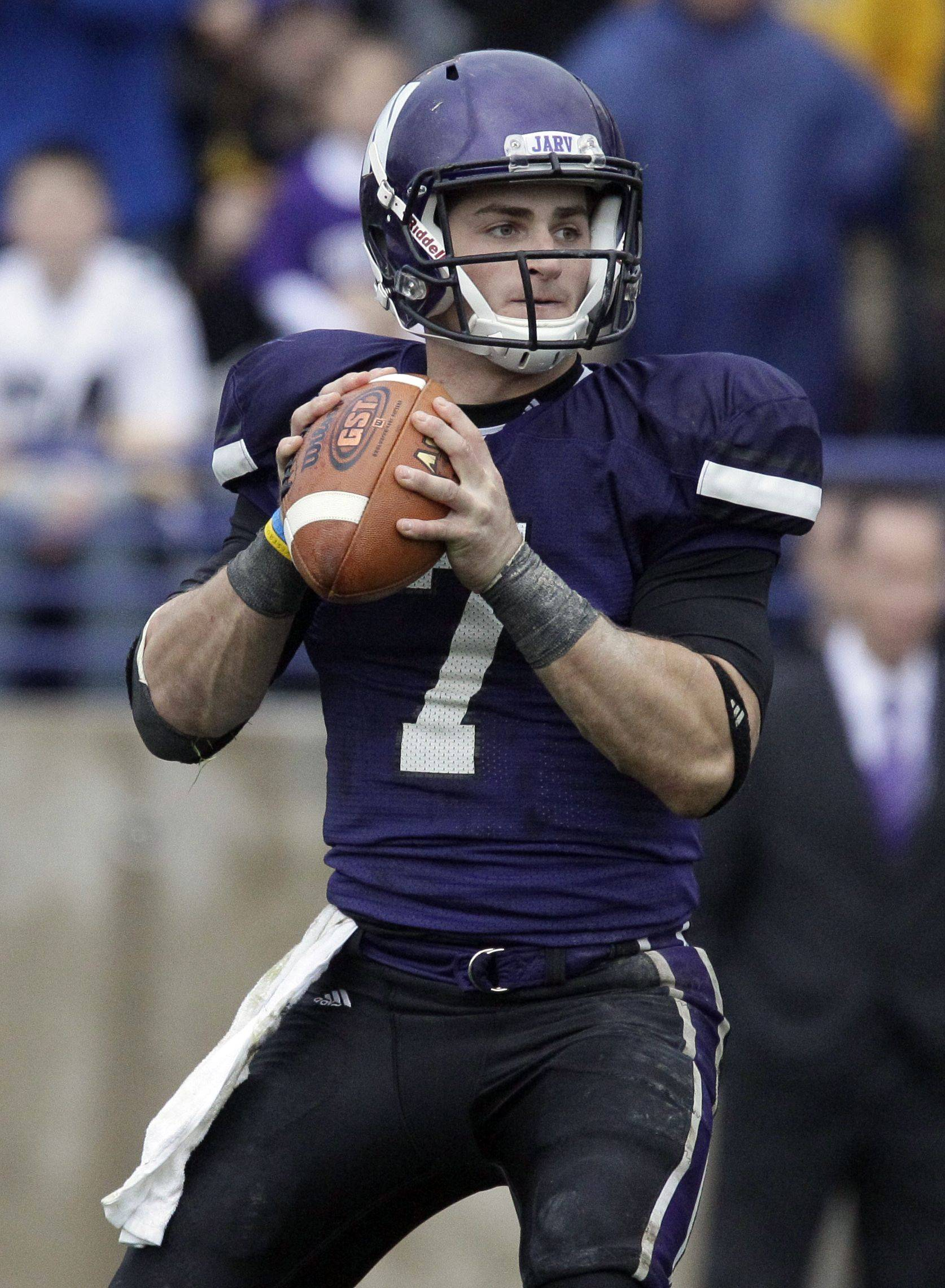 Northwestern senior quarterback Dan Persa is expected to return to action when the Wildcats face Illinois on Oct. 1. Persa has not played since rupturing his right Achilles� tendon in a game last November. Thursday he clared, �I�m ready to go.�