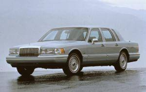 The Illinois Supreme Court today threw out the verdict from a 2005 trial, ruling that Dora Jablonski and the estate of her husband, John, failed to prove the placement of the gas tank in their 1993 Lincoln Town Car, such as the oone shown here, constituted a defective design.