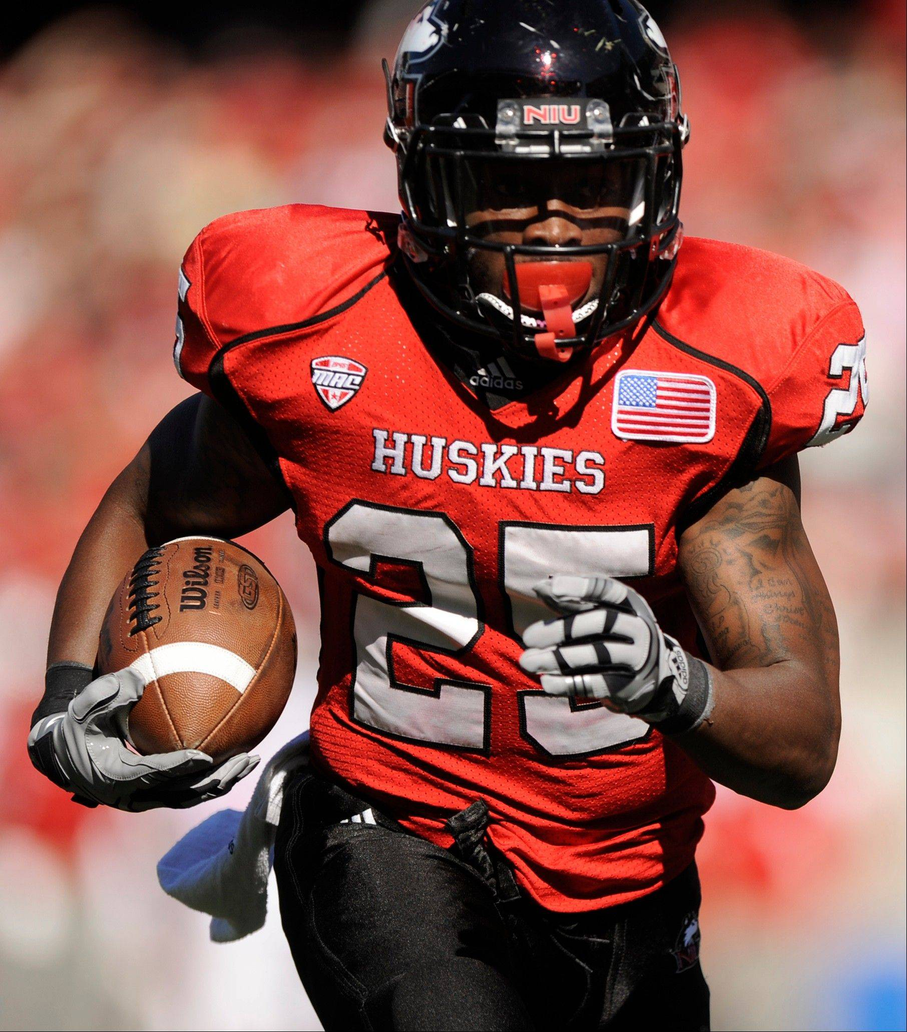 This touchdown run by Northern Illinois tailback Jasmin Hopkins was among the few offensive highlights for NIU against Wisconsin last weekend at Soldier Field. This weekend the Huskies are home against Cal-Poly on Saturday, and NIU has won 10 straight at Huskie Stadium.