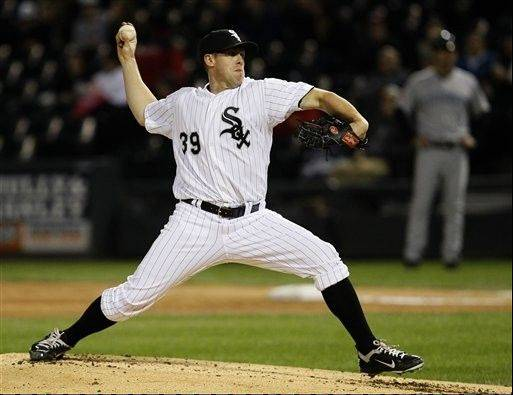 Chicago White Sox starting pitcher Dylan Axelrod delivers during the second inning Monday against the Toronto Blue Jays in Chicago.