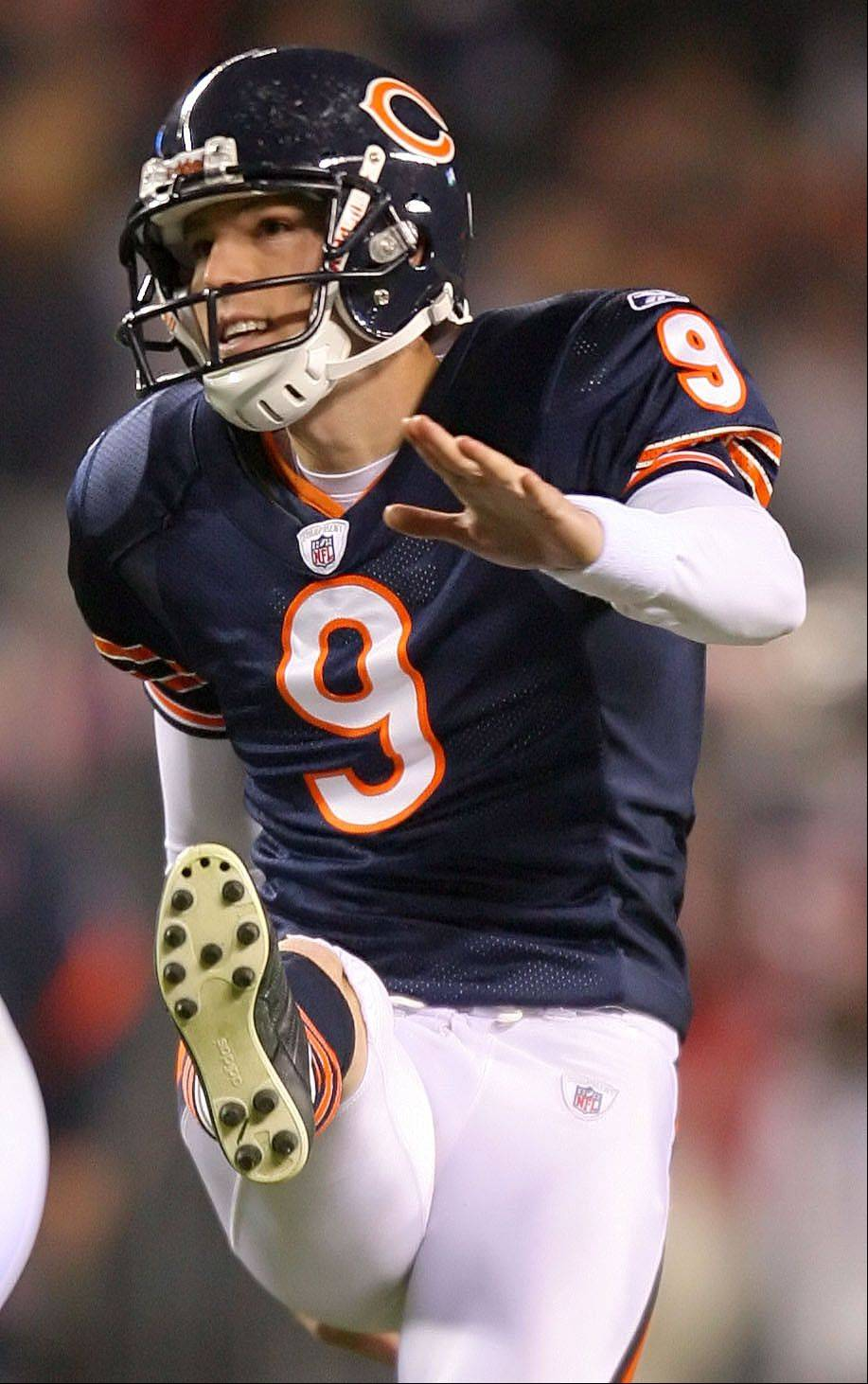 Even Bears kicker Robbie Gould doesn't care for the new kickoff rule because he says it won't help avoid injuries.
