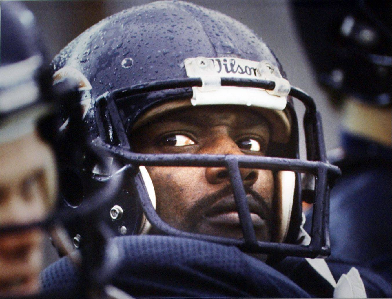 A new biography about Walter Payton�s life is upsetting many of his biggest fans.