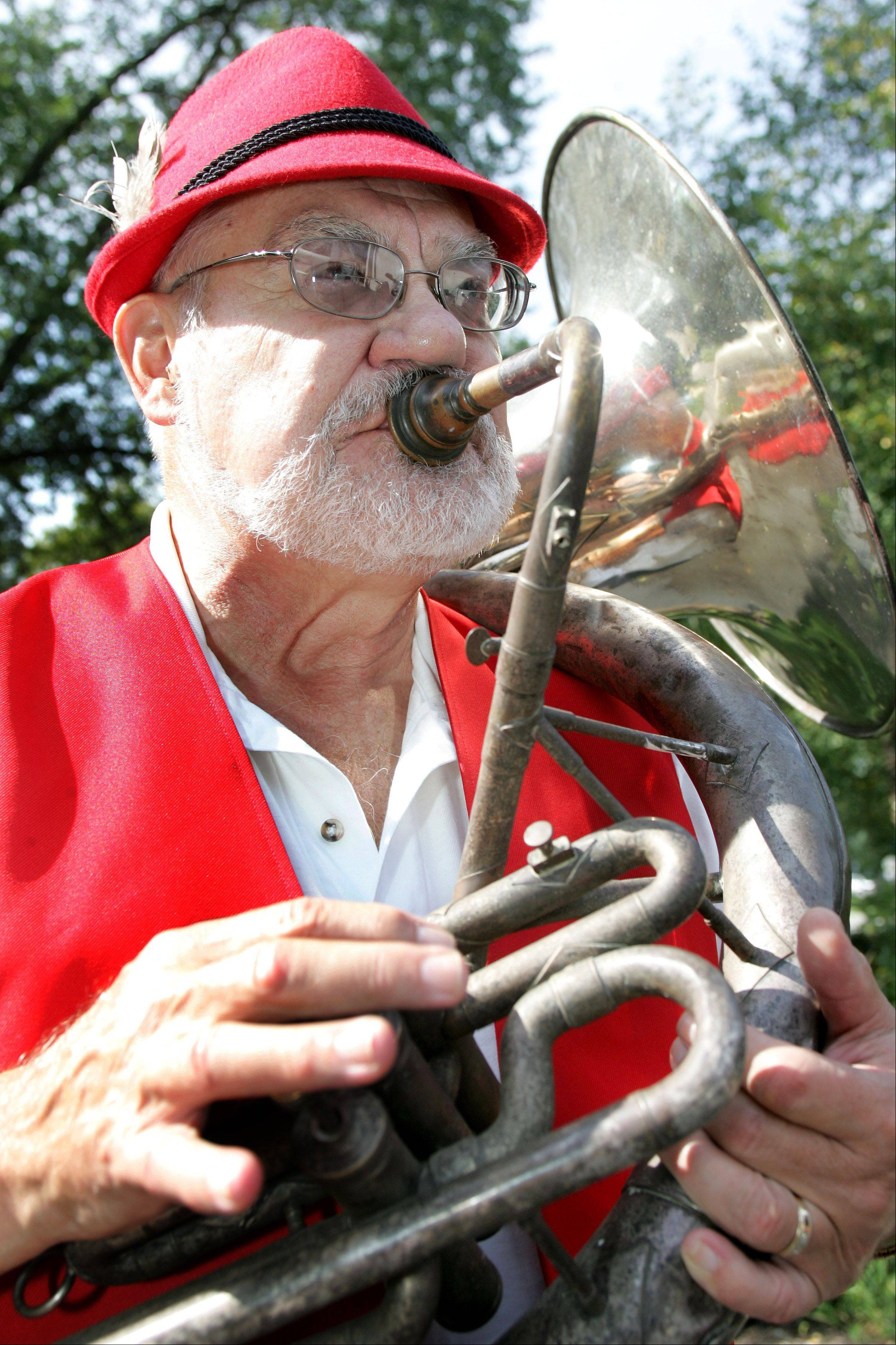 Ron Keller and his band are returning to Oktoberfest to play traditional German music.
