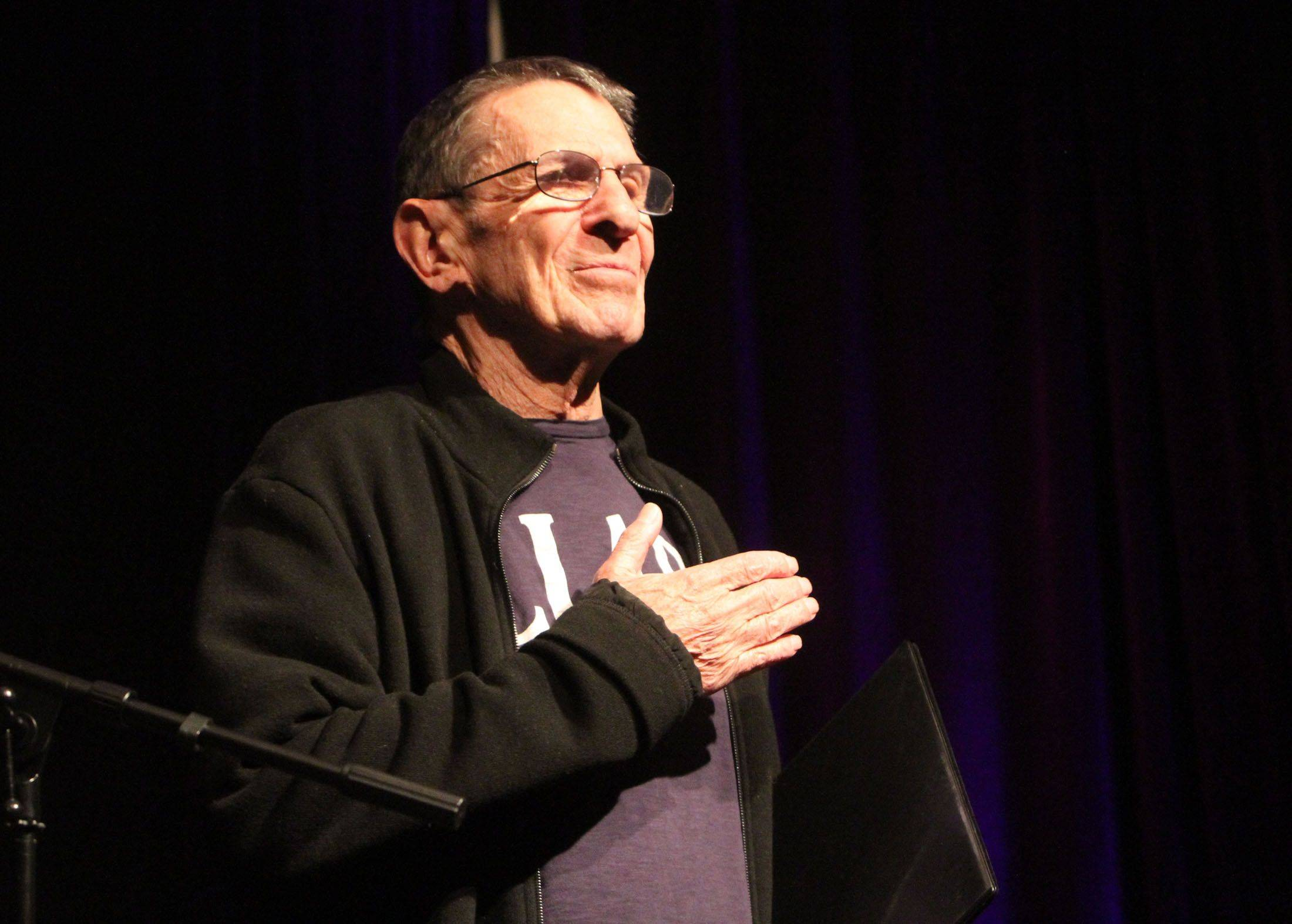 "Leonard Nimoy, who played Mr. Spock on ""Star Trek,"" tells Trekkies gathered in Rosemont Sunday that this will be his last appearance at a ""Trek"" convention."