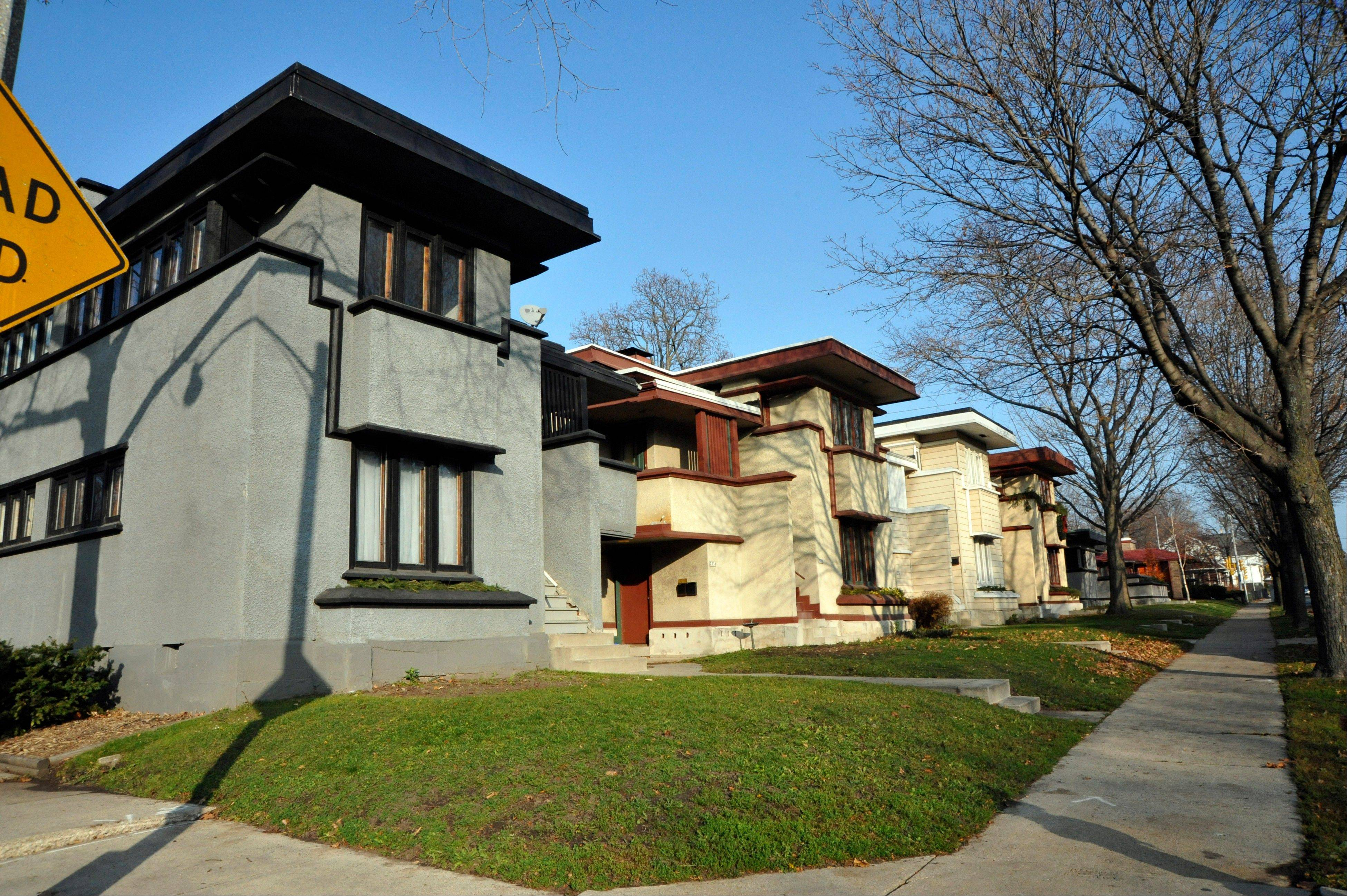 A Row Of Six Houses In Milwaukee Was Designed By Frank Lloyd Wright In The  Early