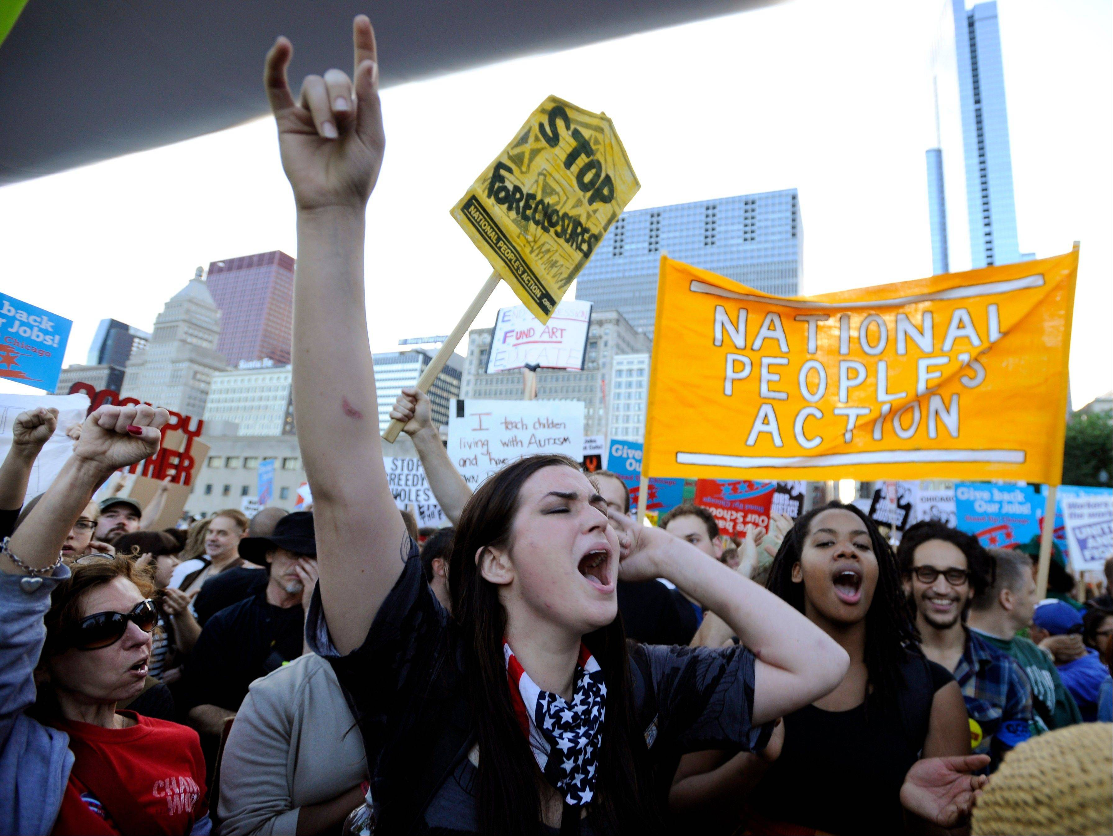 Images: Monday Protests in Chicago