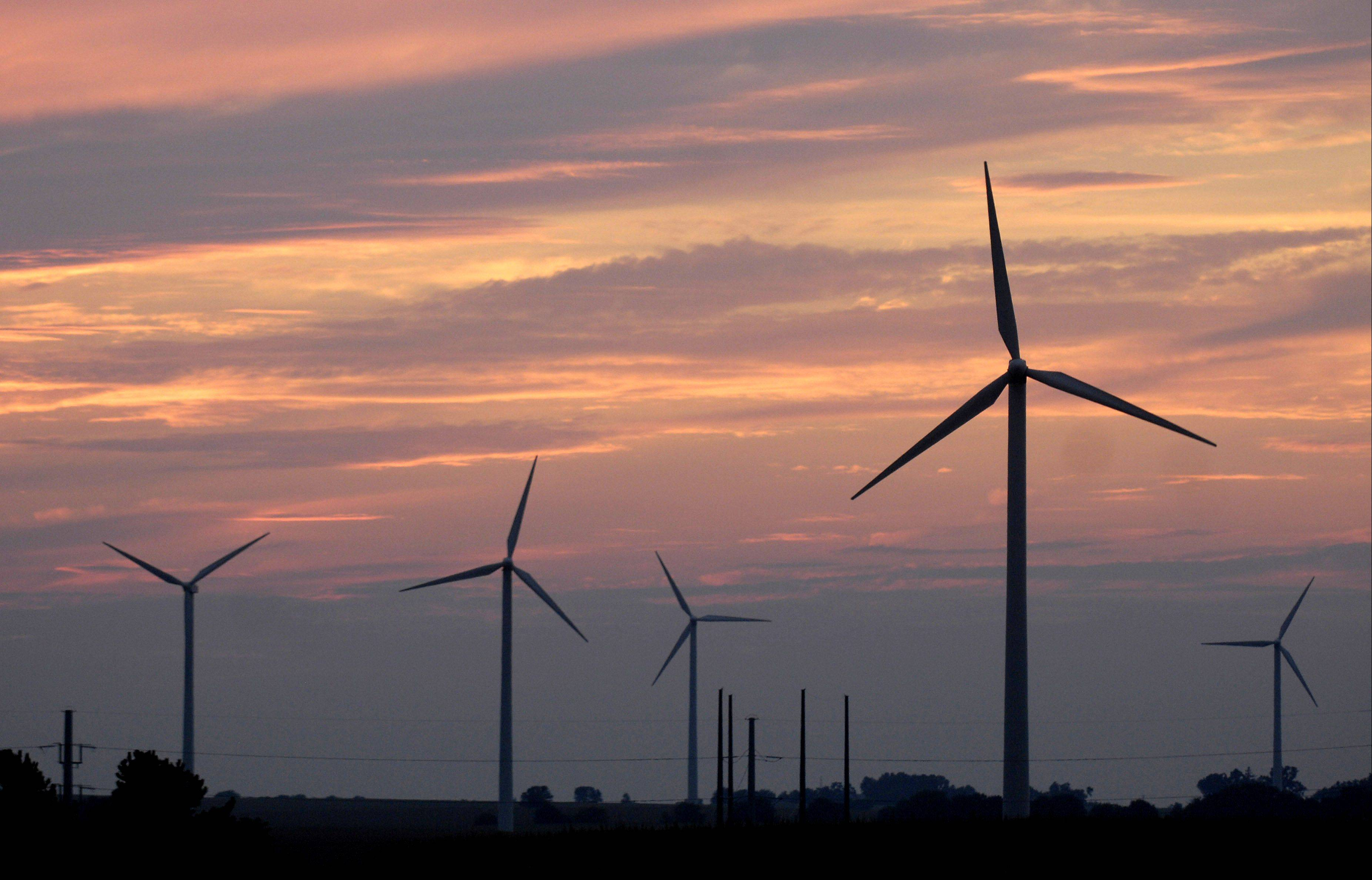 A consortium of Community Unit District 300, Keeneyville Elementary District 20 and Prospect Heights Elementary District 23 is considering an agreement to lease wind turbines from Invenergy for 20 years. The company operates a wind farm in Bishop Hill.