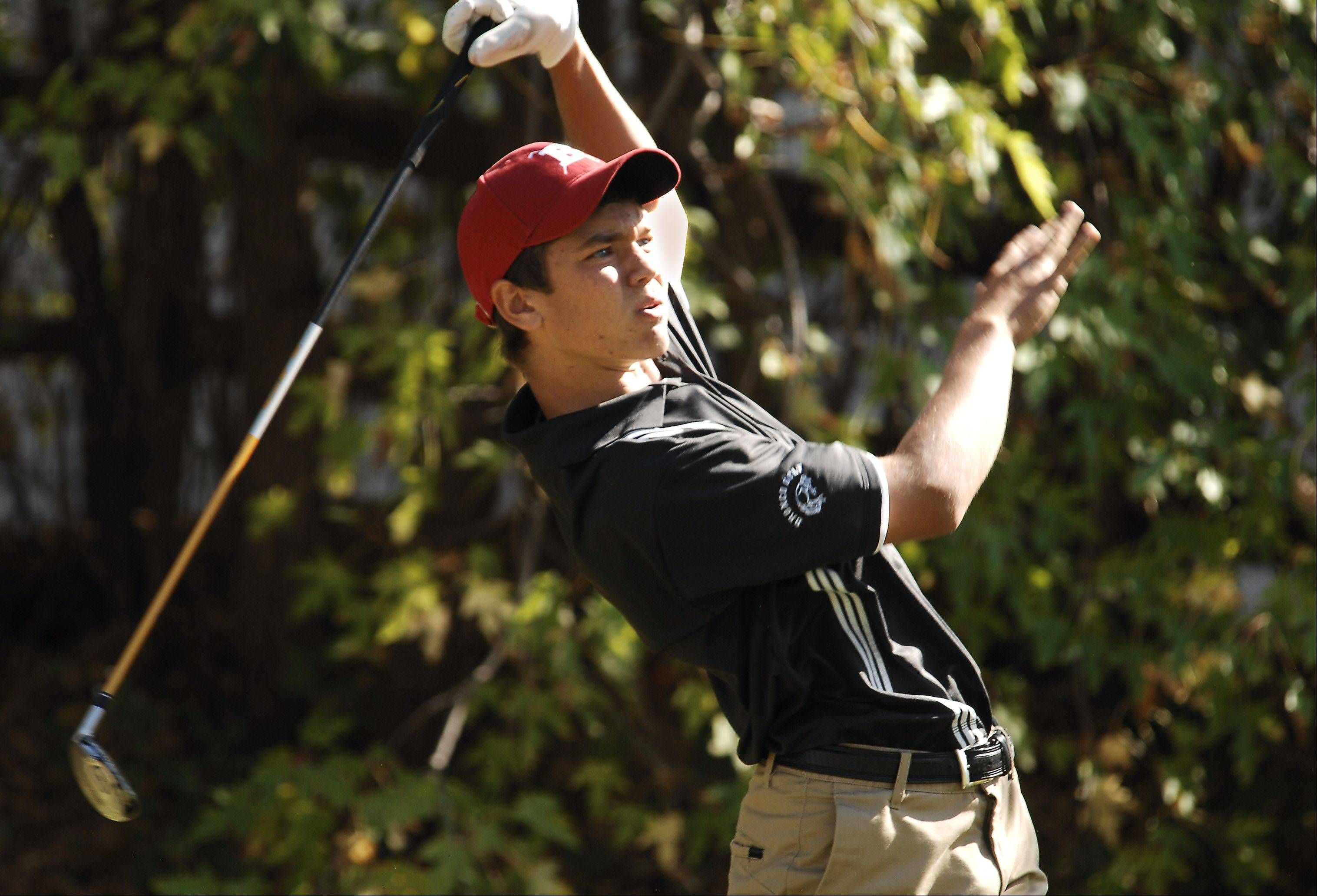 Senior Mike Stathakis is looking for a big finish for Barrington in the Class 3A boys golf state tournament this weekend in Bloomington.