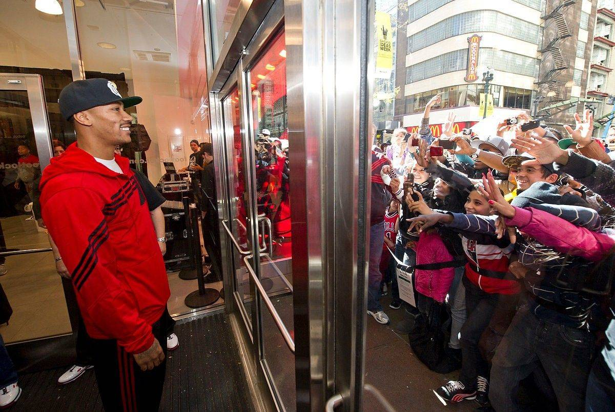 Derrick Rose met fans Saturday in Chicago to celebrate the launch of his new adidas shoe, the adiZero Rose 2. Rose visited the Michigan Avenue adidas store and Foot Locker on State Street.