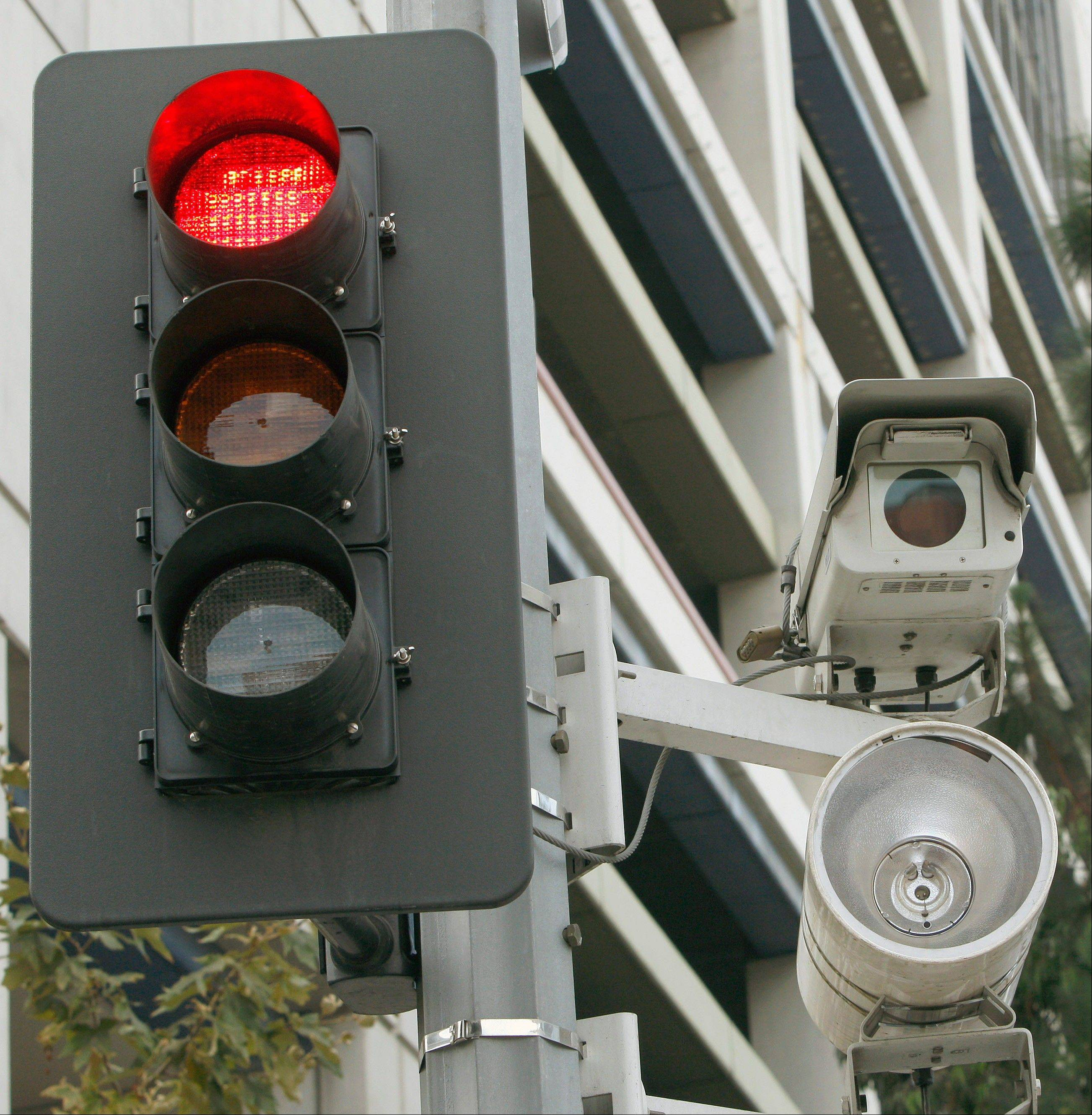 Study questions outsourcing traffic camera systems