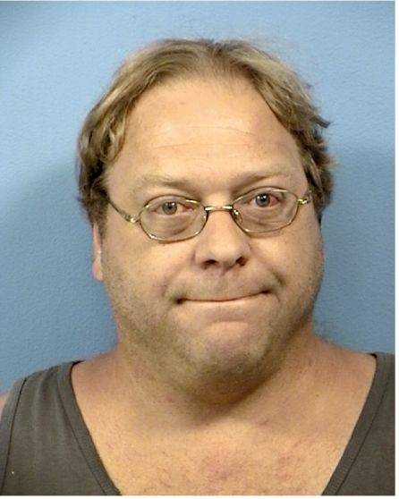 Lisle Library custodian pleads guilty to stealing books