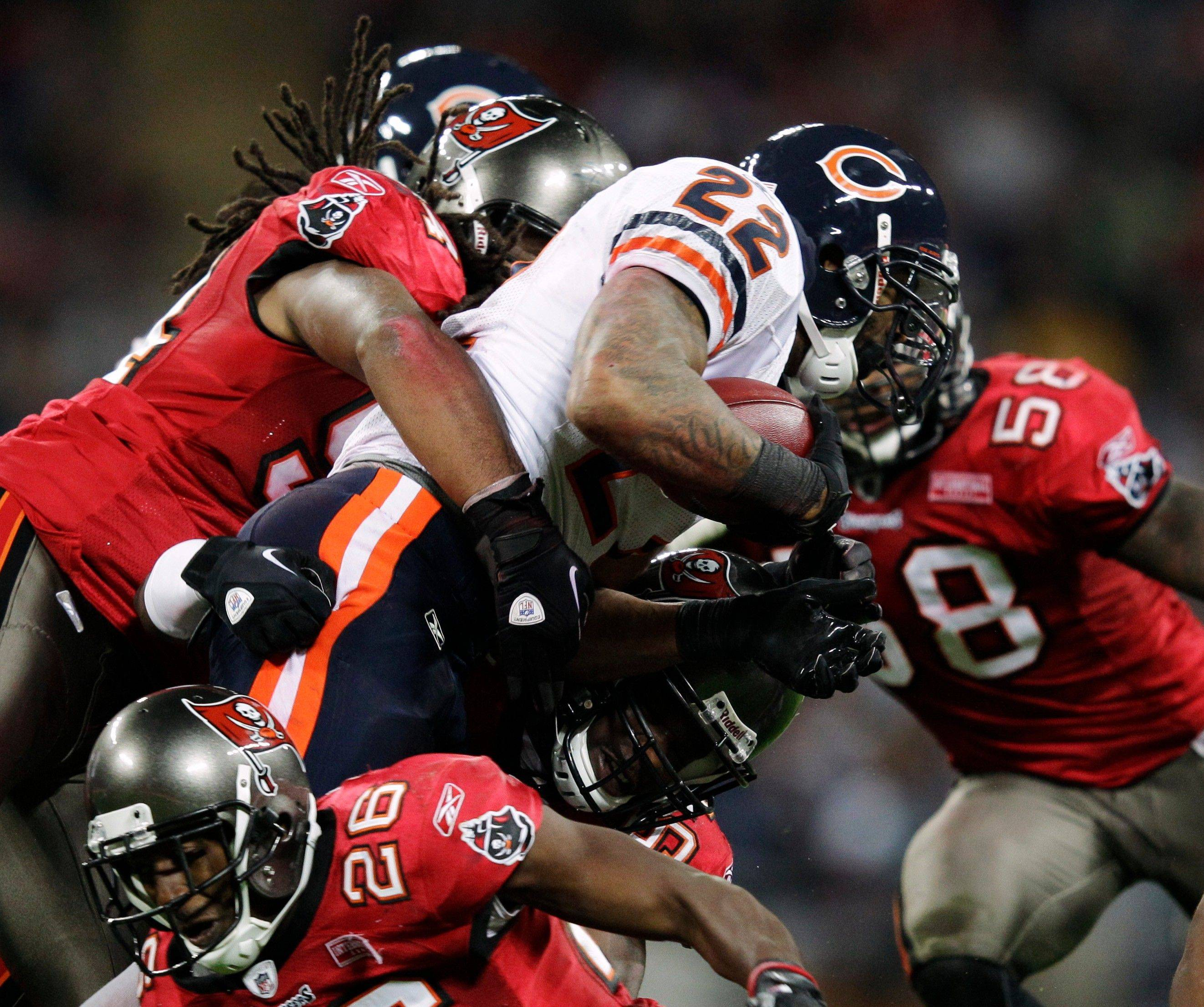 Bears running back Matt Forte (22) is a legitimate NFL MVP candidate through the first seven games of the season.