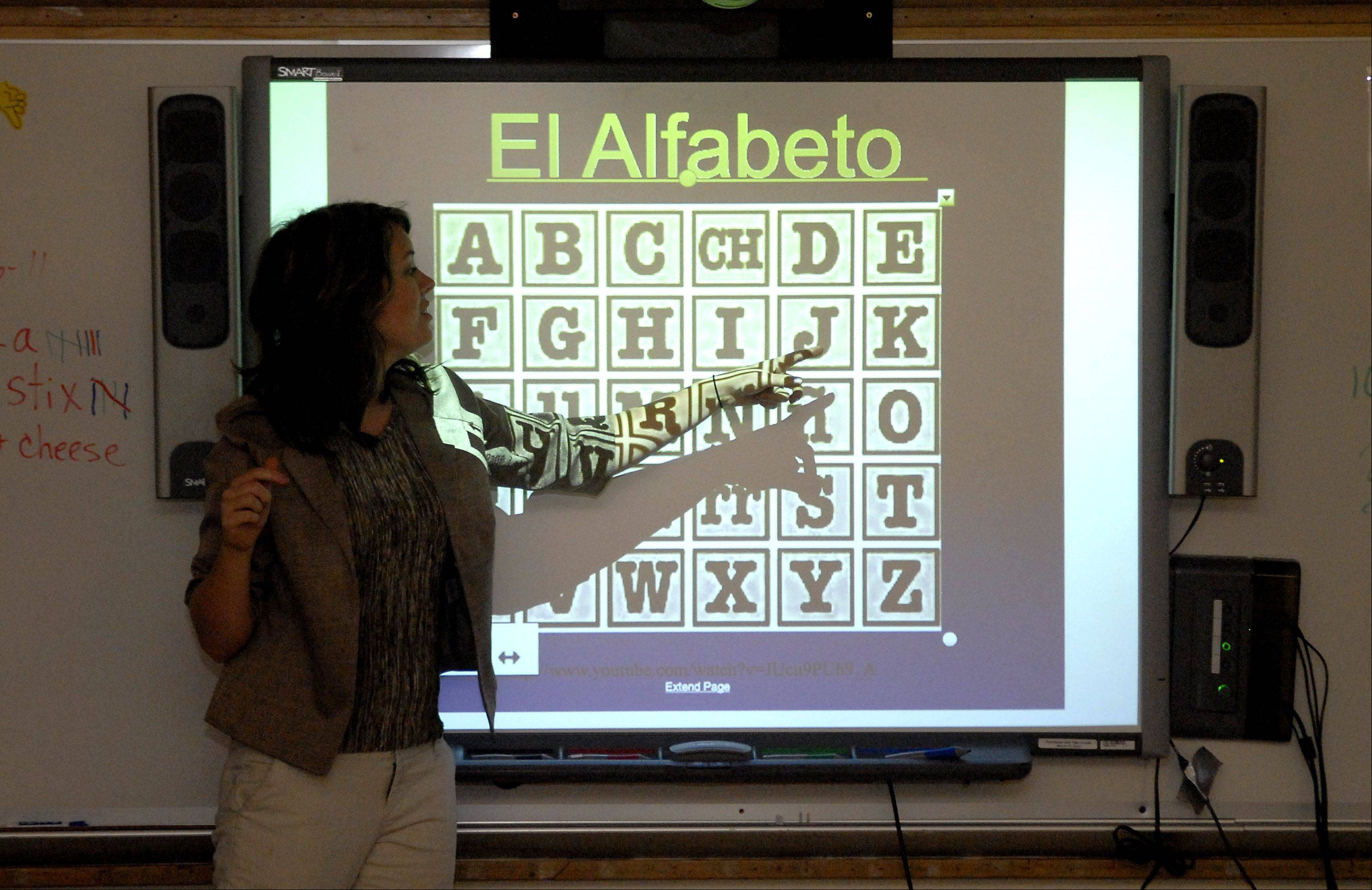 Jessica Benedick teaches Spanish to third-graders at Richmond Intermediate School in St. Charles.
