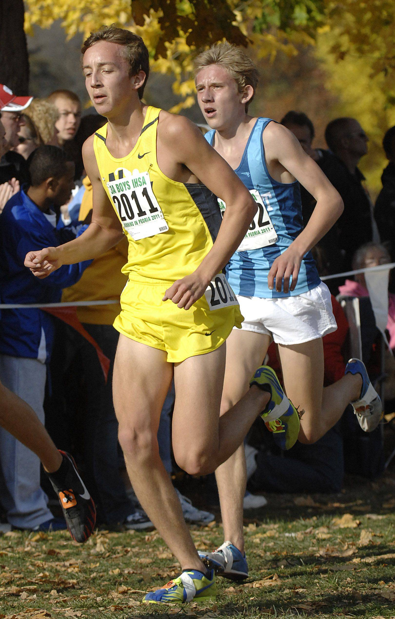 Neuqua Valley's Mark Derrick takes 9th place with a time of 14:37 in the 3A state cross country final.