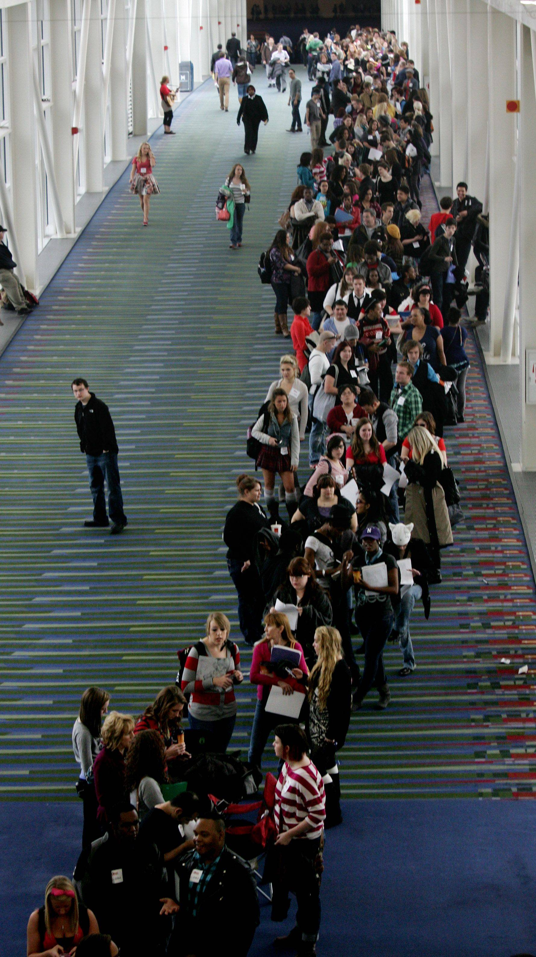 "Young aspiring actors from around the country wait for tryouts for the reality series ""The Glee Project"" Sunday at McCormick Place in Chicago. The competition offers contestants a chance to win a part on the award winning FOX television show ""Glee."""