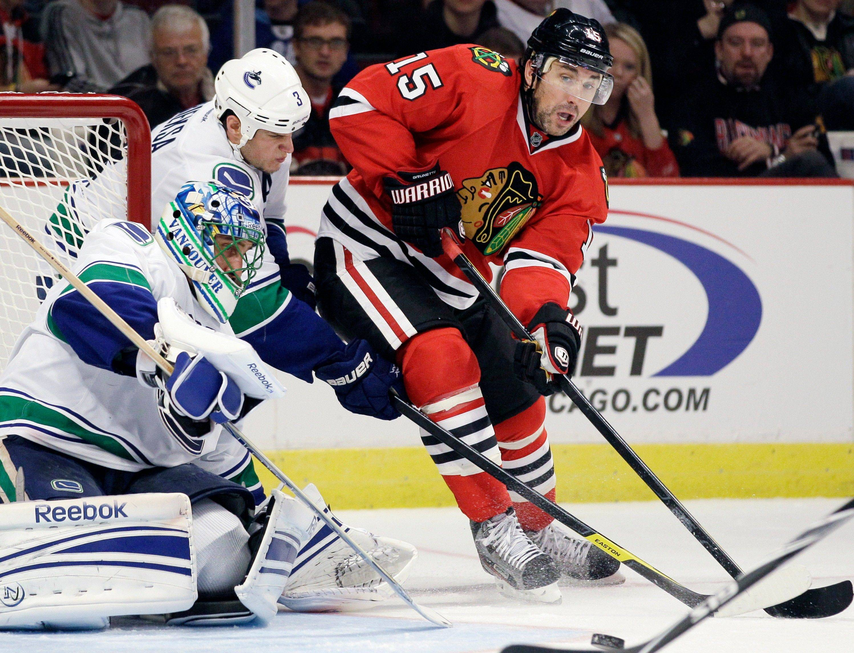 Andrew Brunette (15) will be expected to provide more traffic in front of the net on the power play from Hawks coach Joel Quenneville.