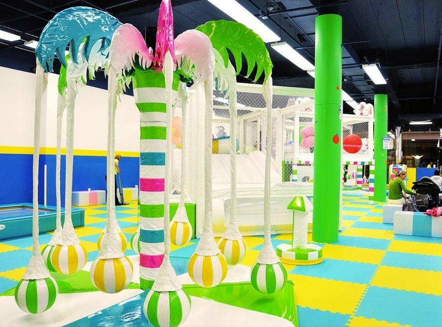 Stop by Yu Kids Island at Woodfield Mall