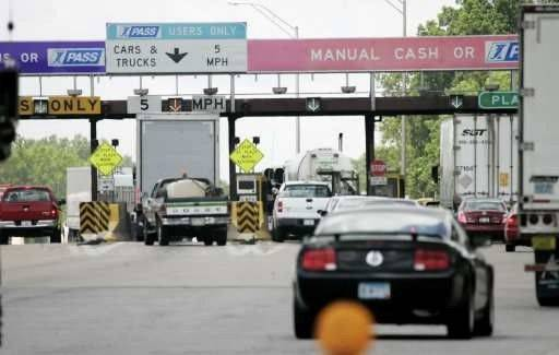 Tollway ready to end free tolls on employees' commutes