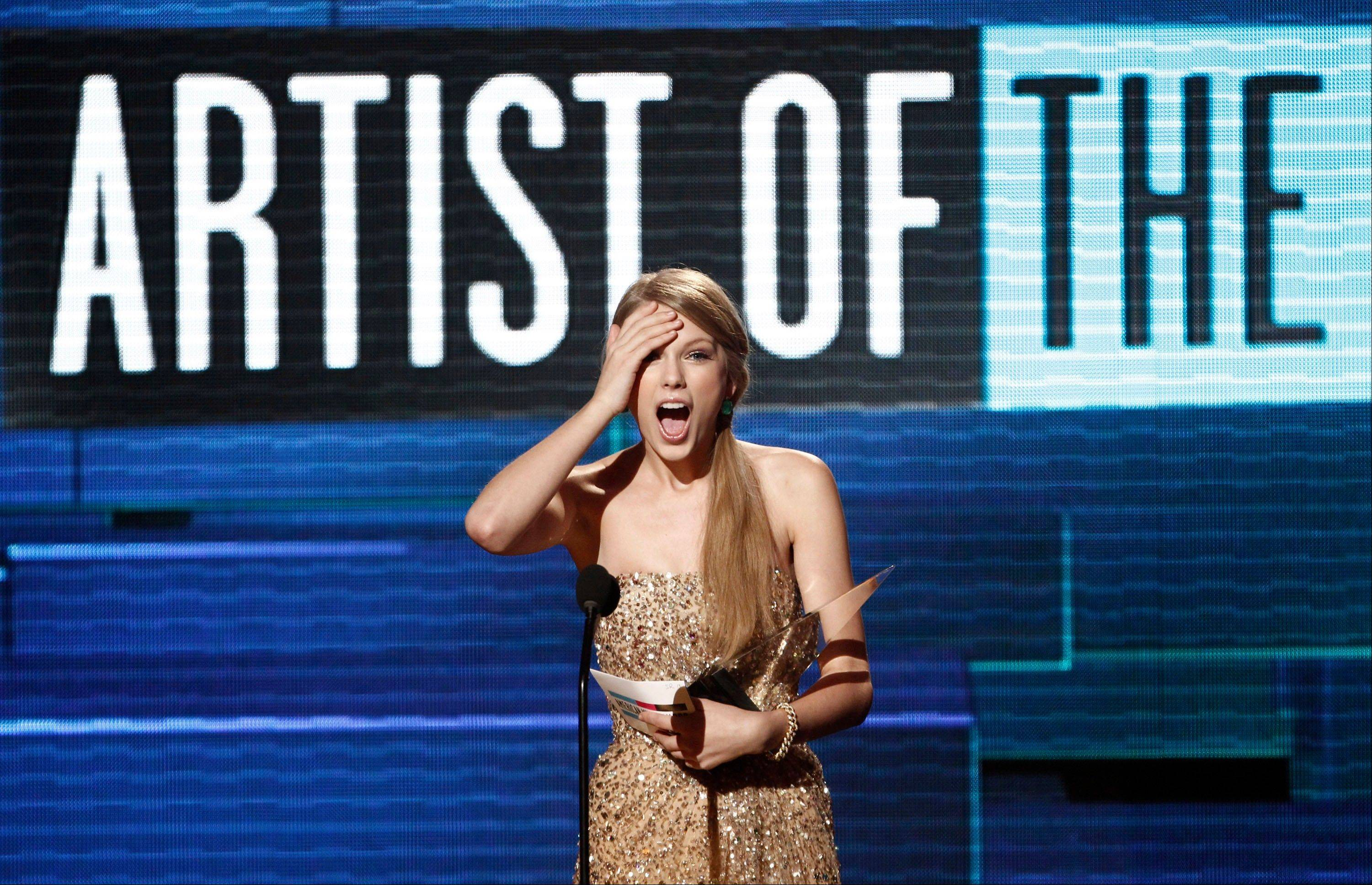 Taylor Swift unstoppable at American Music Awards