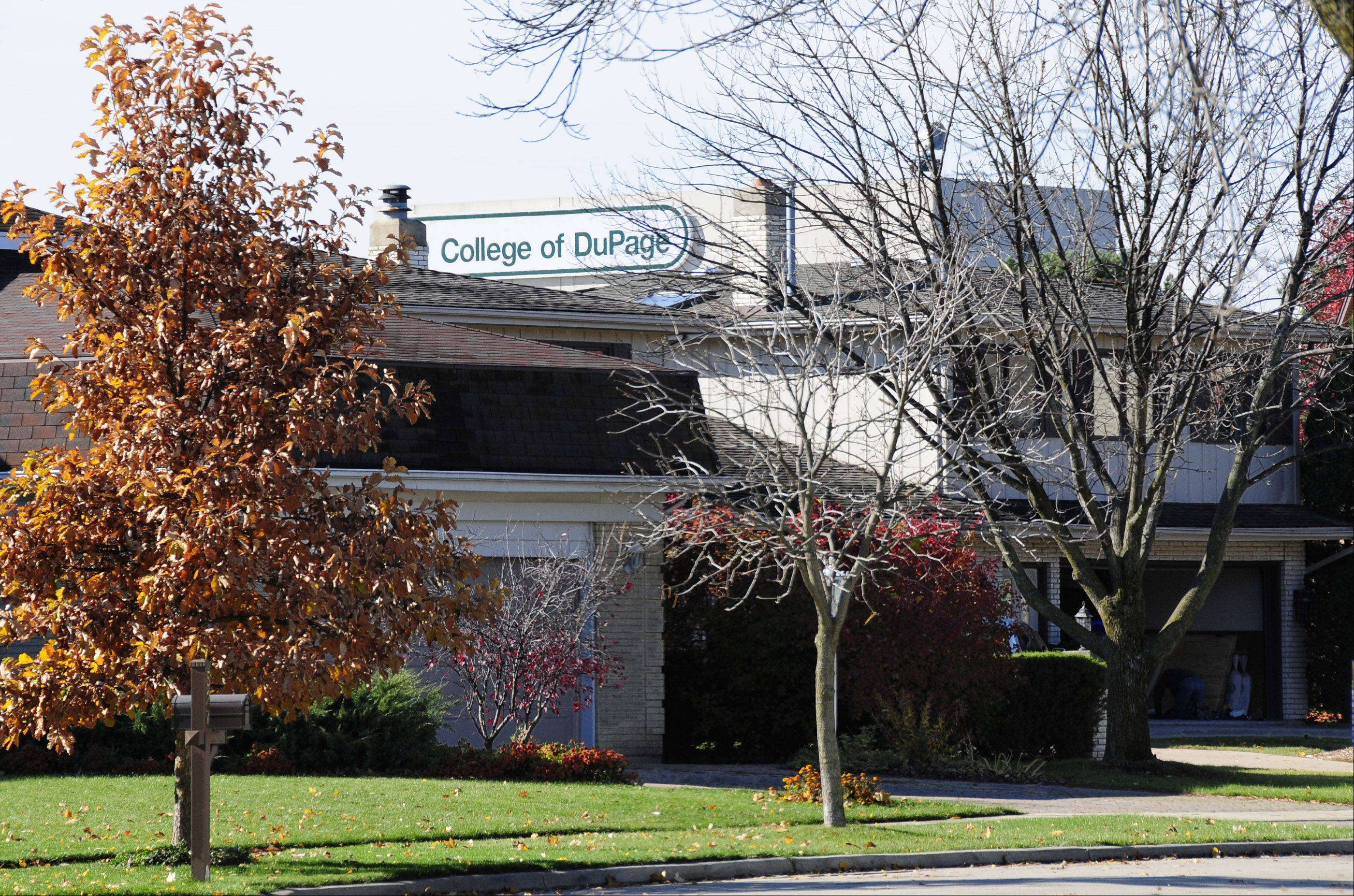 COD trustees vote to cut ties to Glen Ellyn