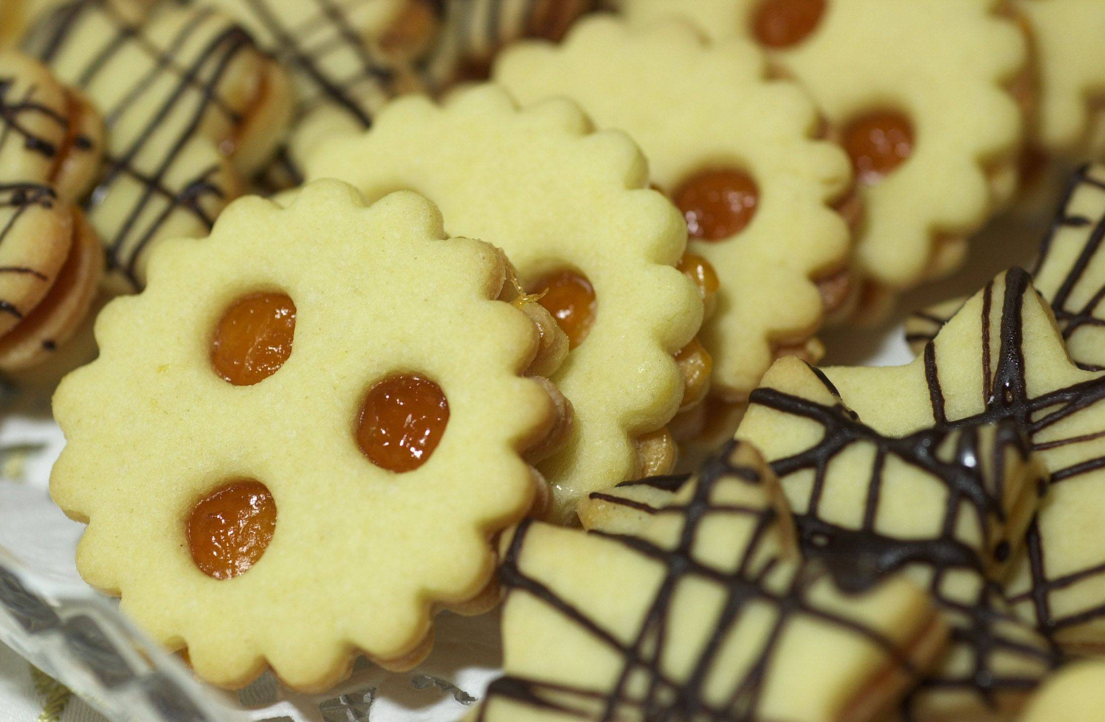 Suzanne Bless' Apricot Jam Sandwich Cookies.