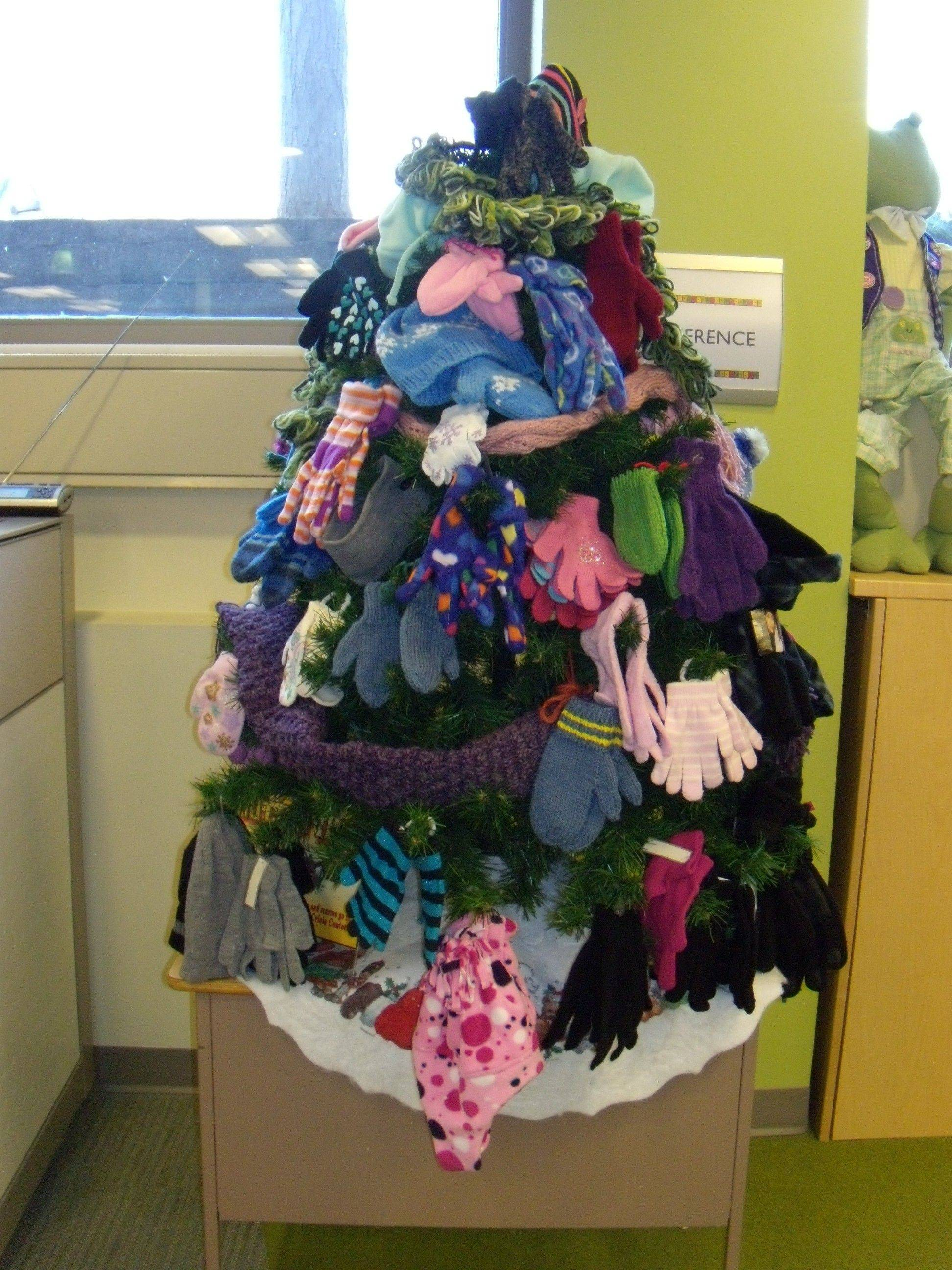Help the needy to stay warm this winter. Place your donation of winter hats, gloves or accessories on the mitten tree at the Dundee Township Public Library.
