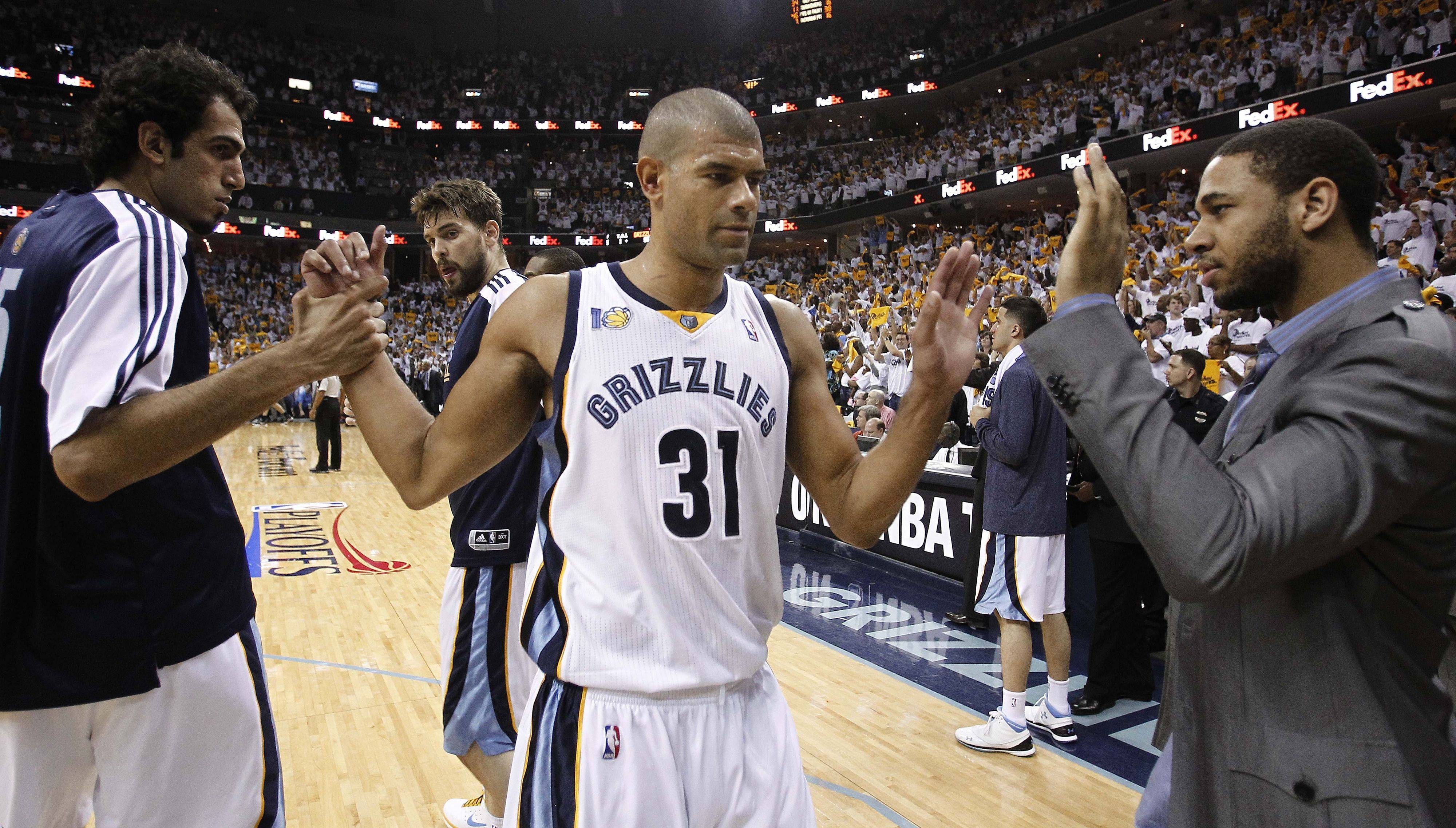 Former Memphis Grizzlies forward Shane Battier (31) says he will sign with the Miami Heat. A solid 3-point shooter, Battier has averaged 9.6 points and 4.7 rebounds in nine NBA seasons.