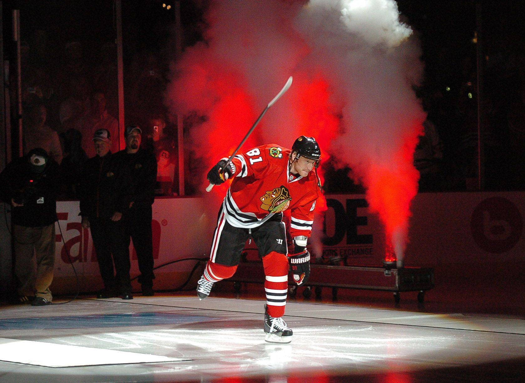 Is Hossa a Selke Trophy candidate? Why not?