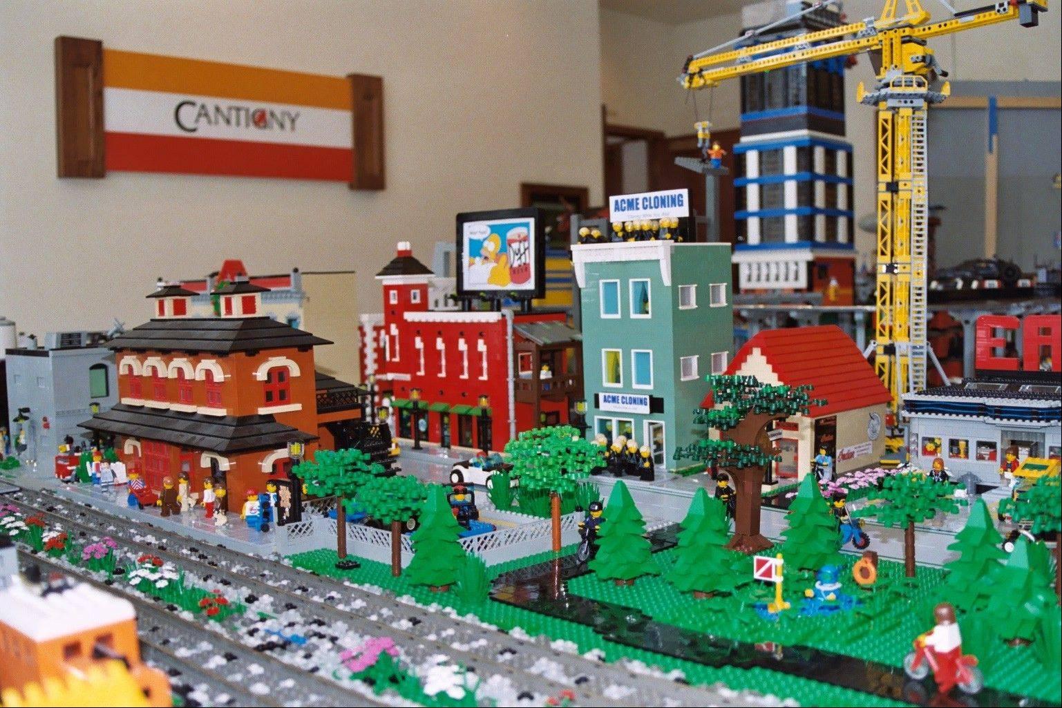 Weekend picks: Holiday Lego Train Show rolls into Cantigny