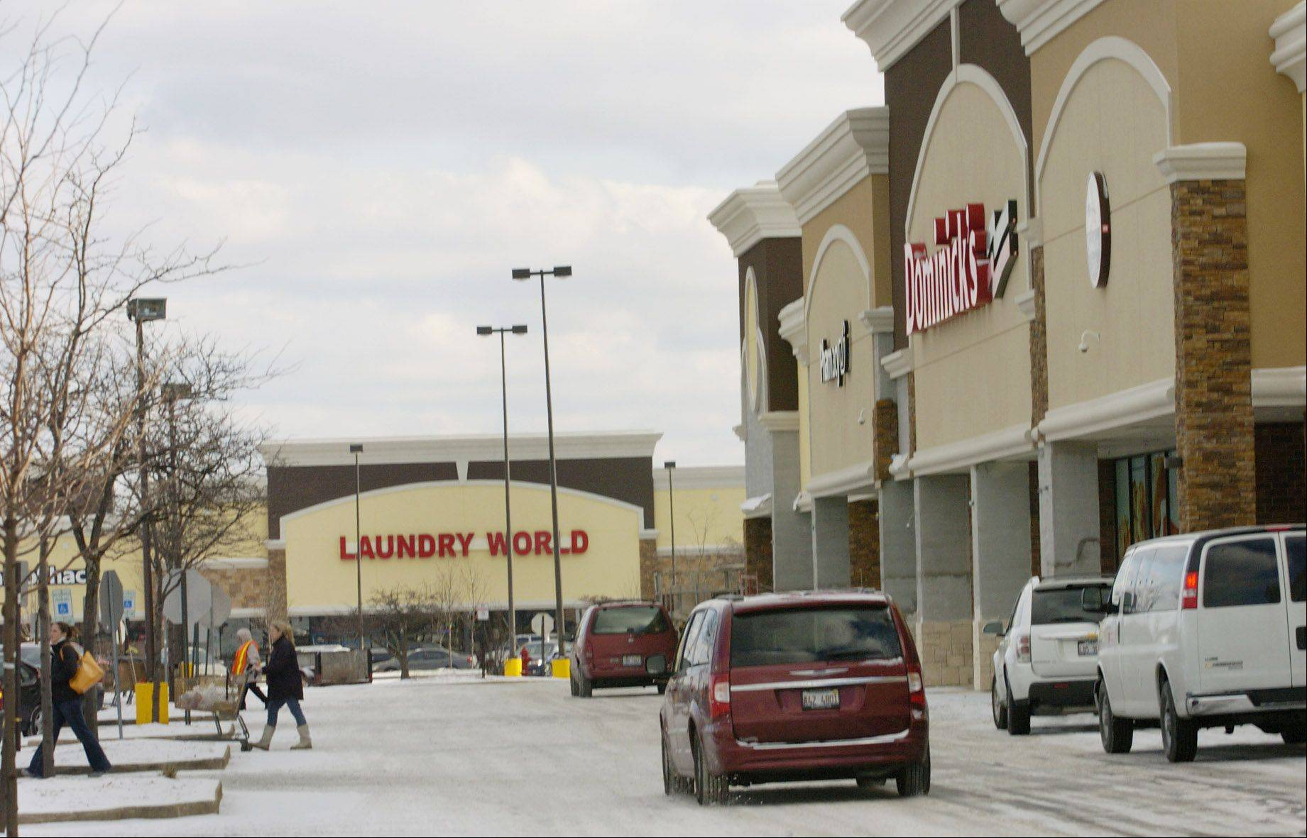 Laundry World will become the second largest business in the Hoffman Village Shopping Center at Golf and Barrington Roads after Dominick's -- the center's anchor tenant for almost 25 years -- closes in late January. About 67 percent of the more than 158,000-square-foot shopping center will be vacant when the grocer leaves.