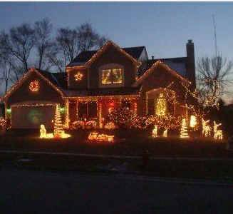 Midnight voting deadline for Daily Herald's Holiday Lights contest
