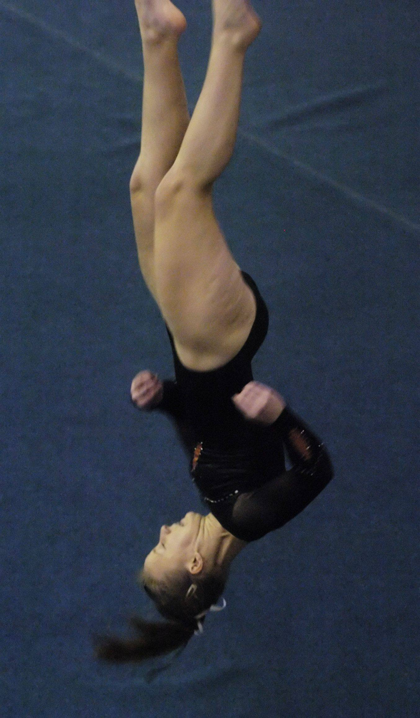 Libertyville's Mariah Lee competes on the floor exercise during Saturday's Palatine gymanstics invitational.