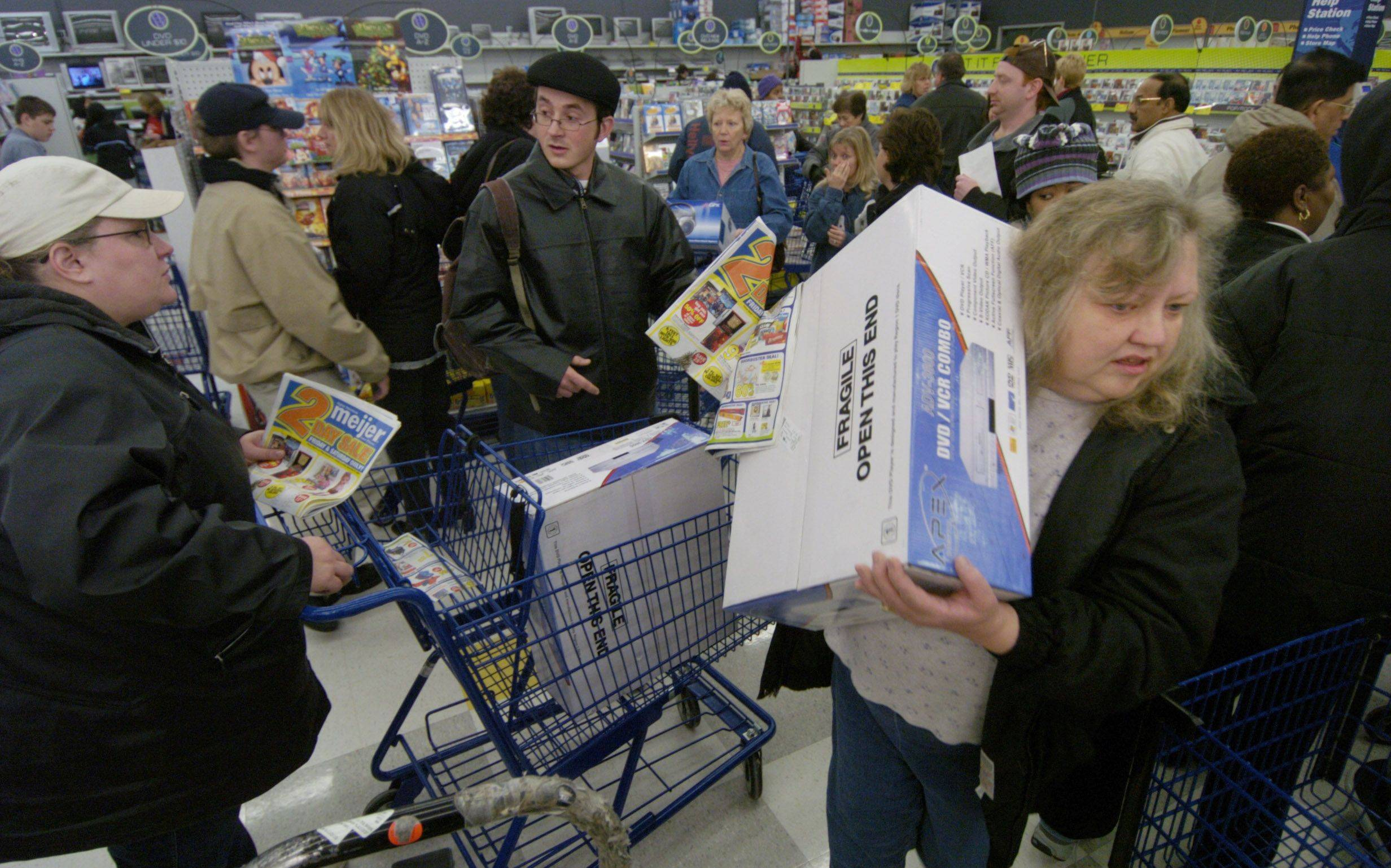 One suggestion for avoiding the crush of last-minute shoppers is to visit a 24-hour store, like Meijer or Wal-Mart, in the middle of the night.