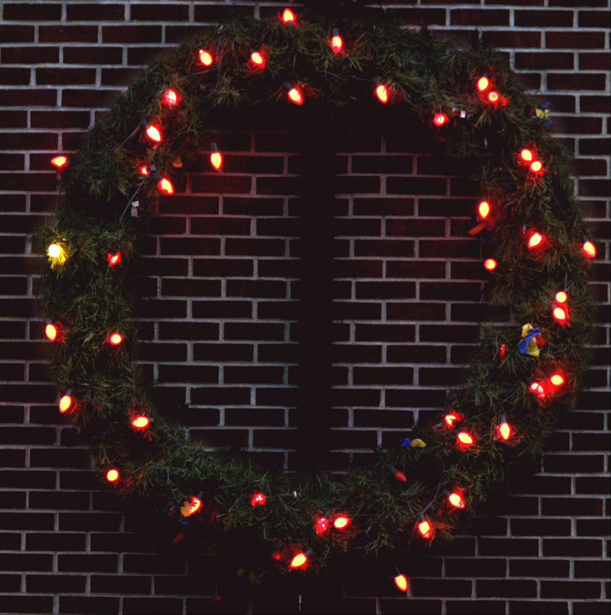 "Fire departments officials throughout the Fox Valley, including Carpentersville, urge residents to ""keep the wreath red"" through holiday fire prevention."