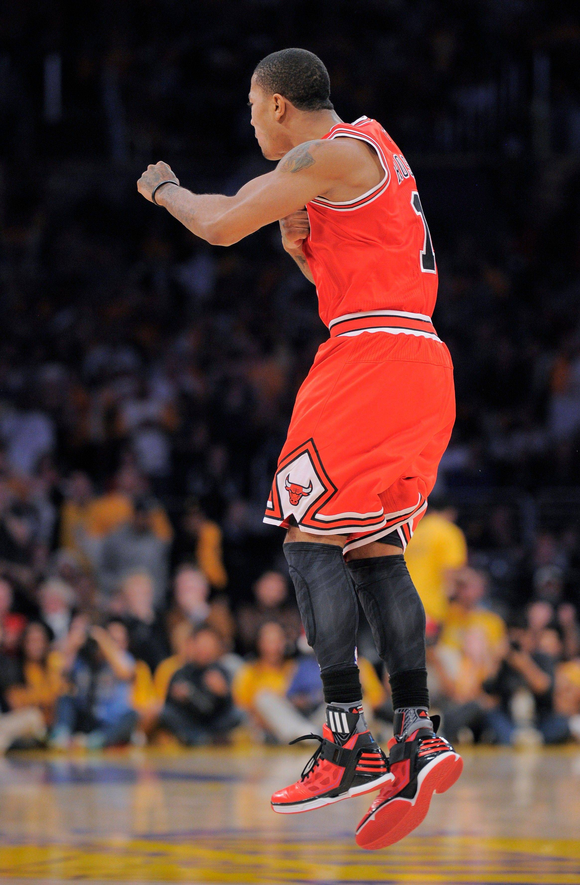 "Bulls superstar Derrick Rose ""embodies all the characteristics you look for in a championship player,"" said coach Tom Thibodeau. Rose's basket with 4.8 seconds left Sunday lifted the Bulls to an 88-87 win over the Lakers in Los Angeles."