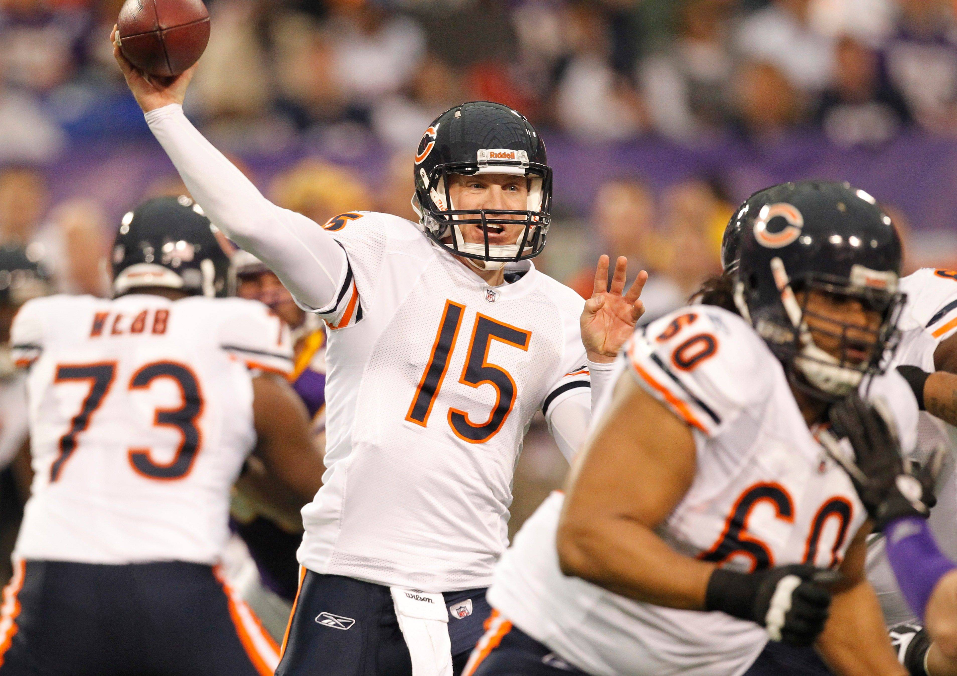 Chicago Bears quarterback Josh McCown throws a pass in the first half.