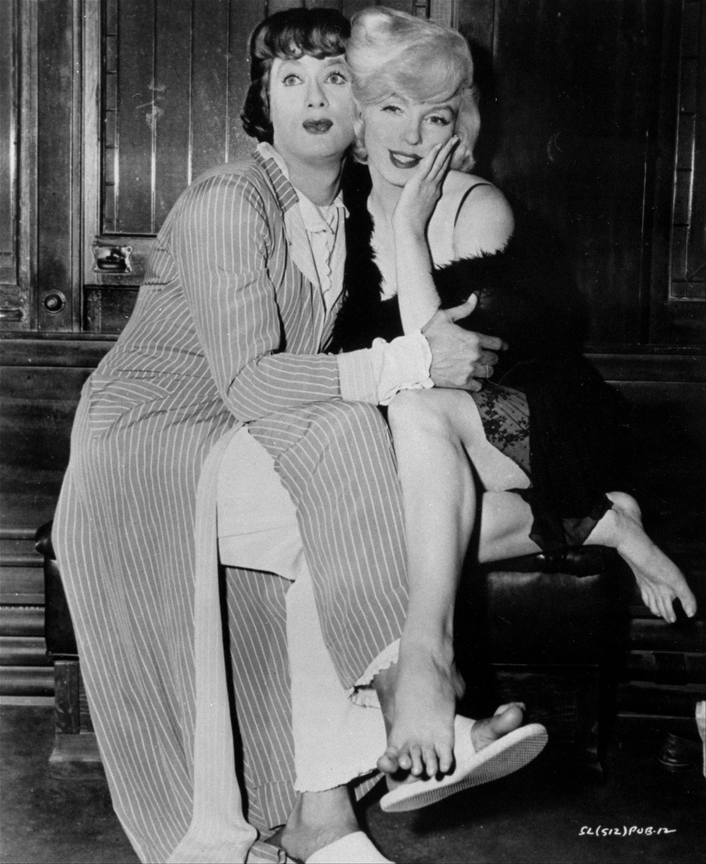 "Tony Curtis and Marilyn Monroe star in ""Some Like It Hot,"" which will be shown at the Paramount Theatre on Monday, Jan. 9."